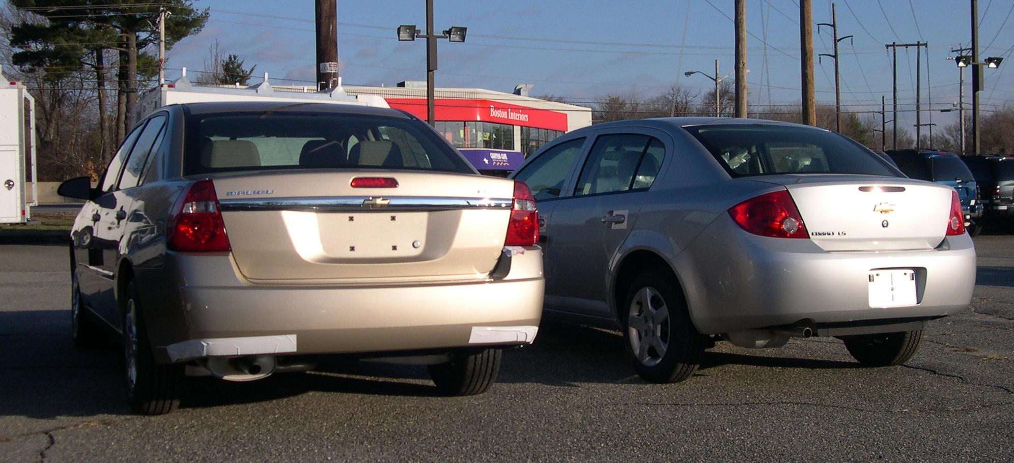 All Types cobalt 2006 : File:2006 Chevrolet Cobalt and Malibu rear.jpg - Wikimedia Commons