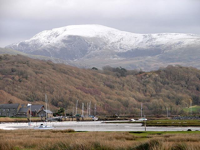A view towards Afon Artro - geograph.org.uk - 1068228