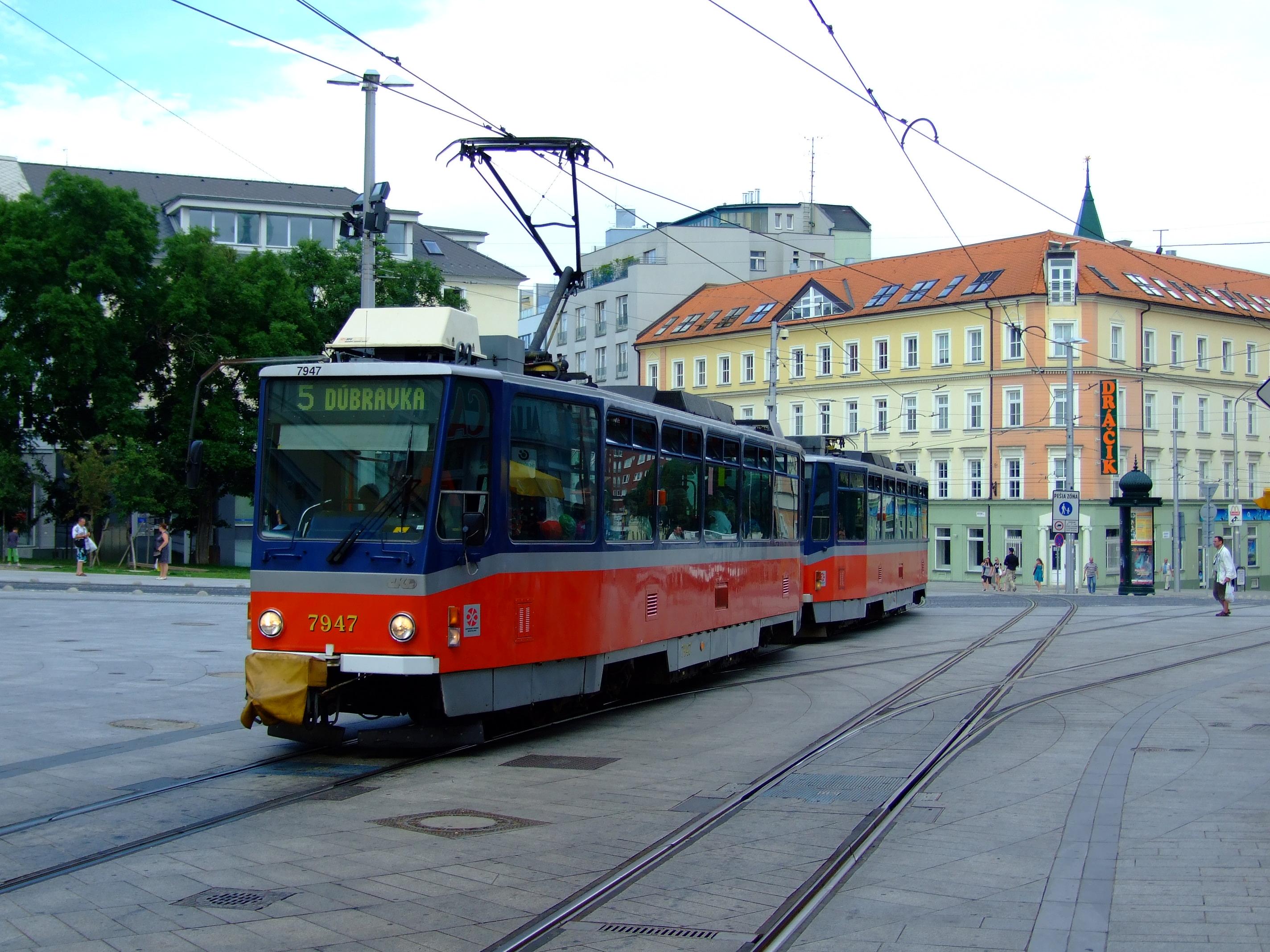 Zoznam električkových liniek v Bratislave – Wikipédia 2355f32bd96