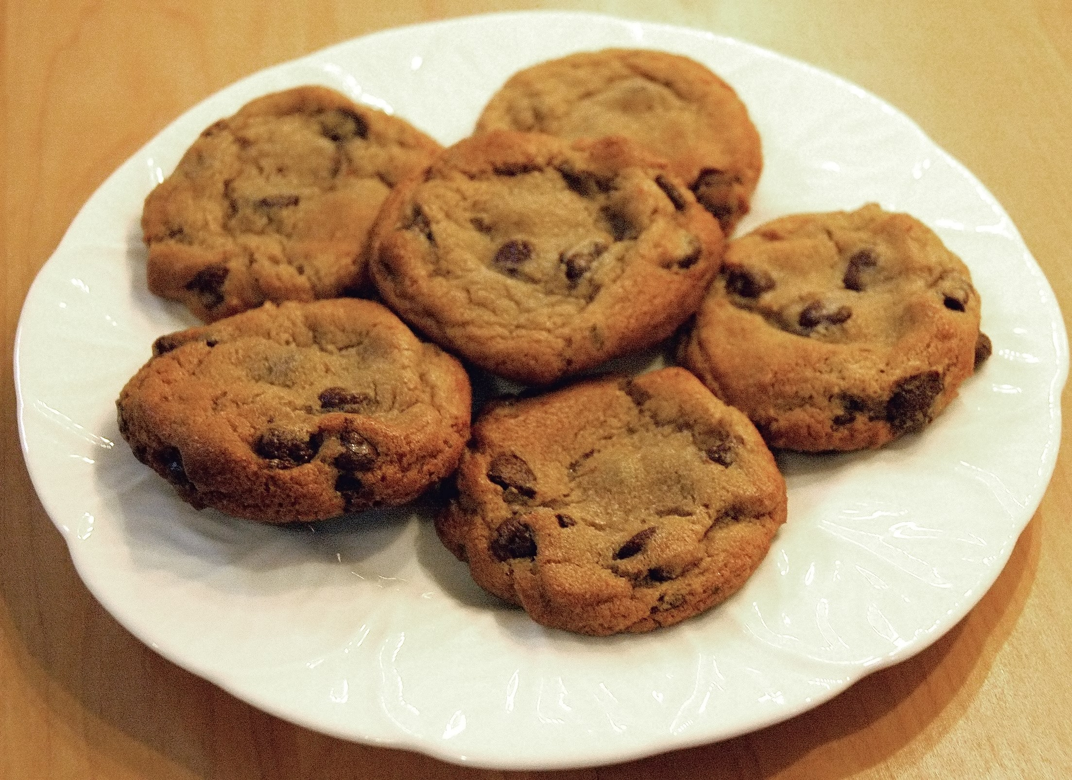 File:Chocolate chip cookies.jpg - Wikipedia