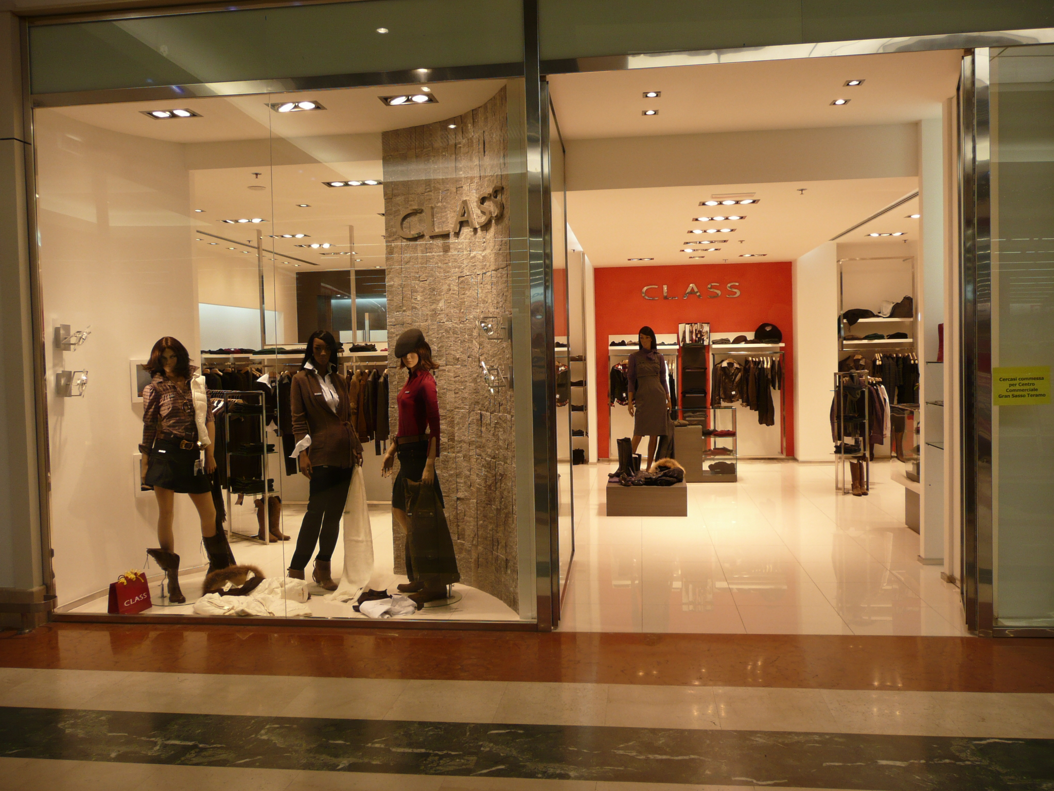 file clothes shop abbigliamento jpg wikimedia commons
