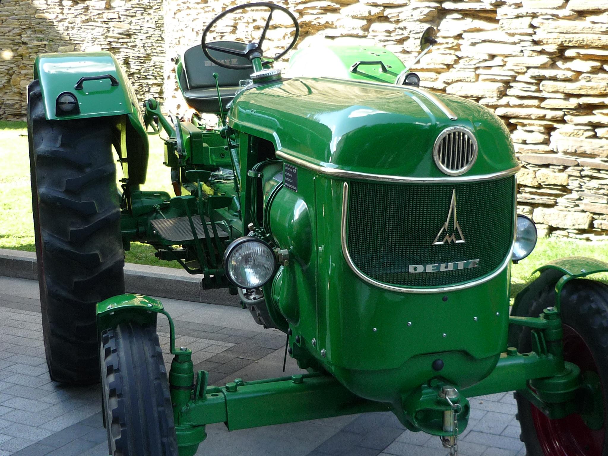 Walts Tractor Parts : Deutz allis tractor parts salvage tractors autos we