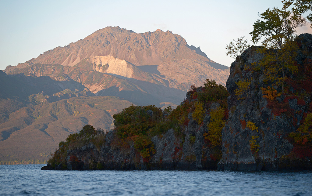 カムチャツカの火山群の画像 p1_18