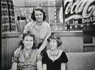 File:DuMont WABD Show 1954 2.JPG