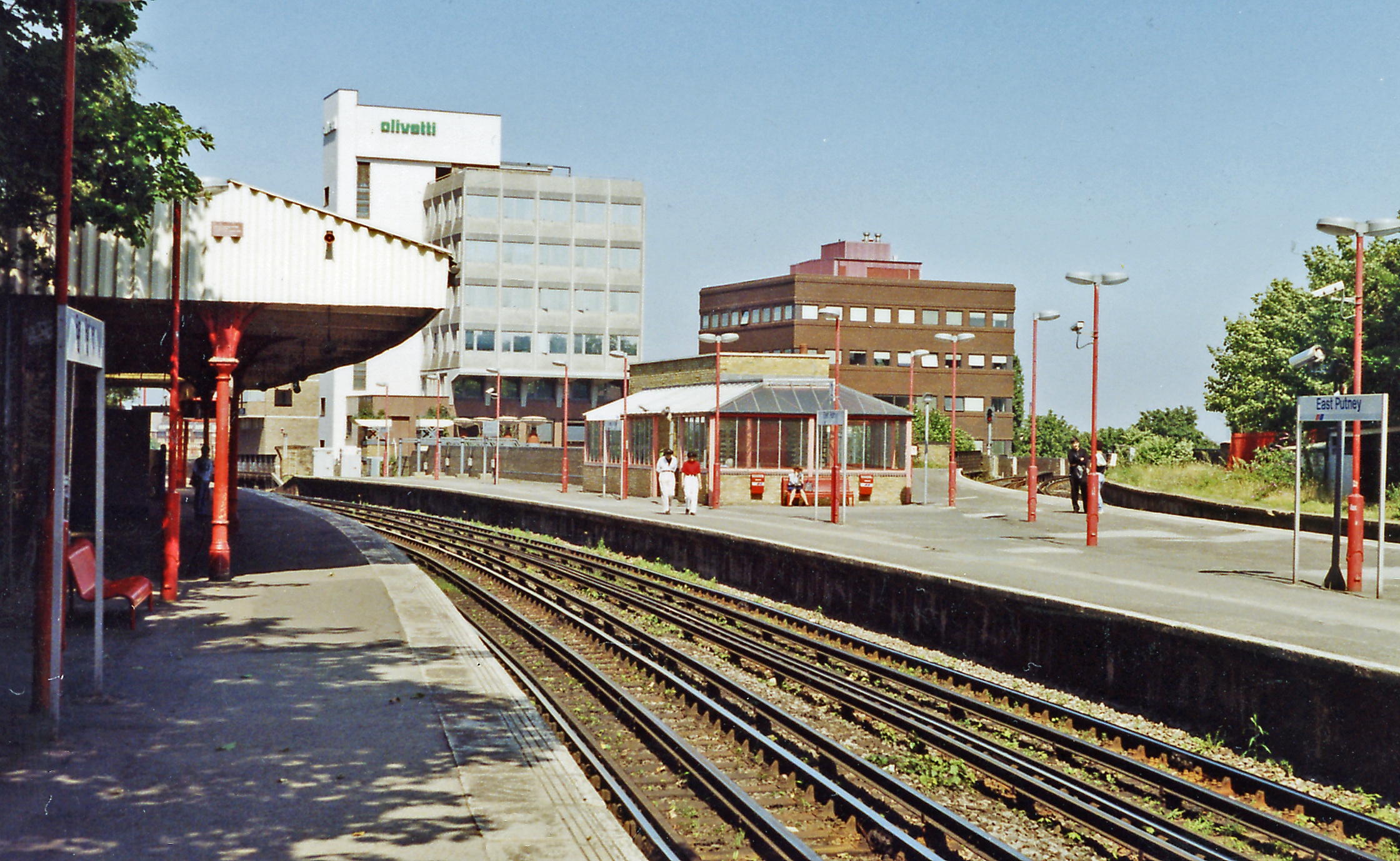 File East Putney Station Geograph 3448001 By Ben