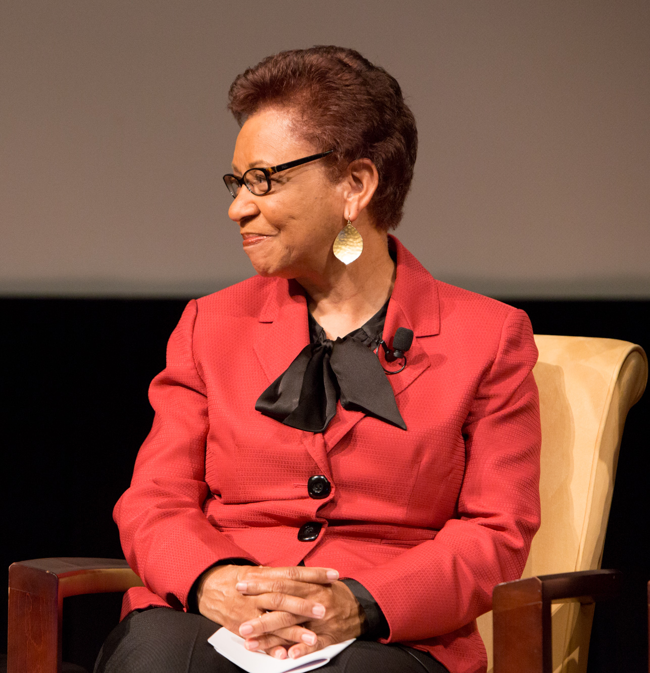 Medford discusses First Ladies at the [[U.S. National Archives]] in 2015