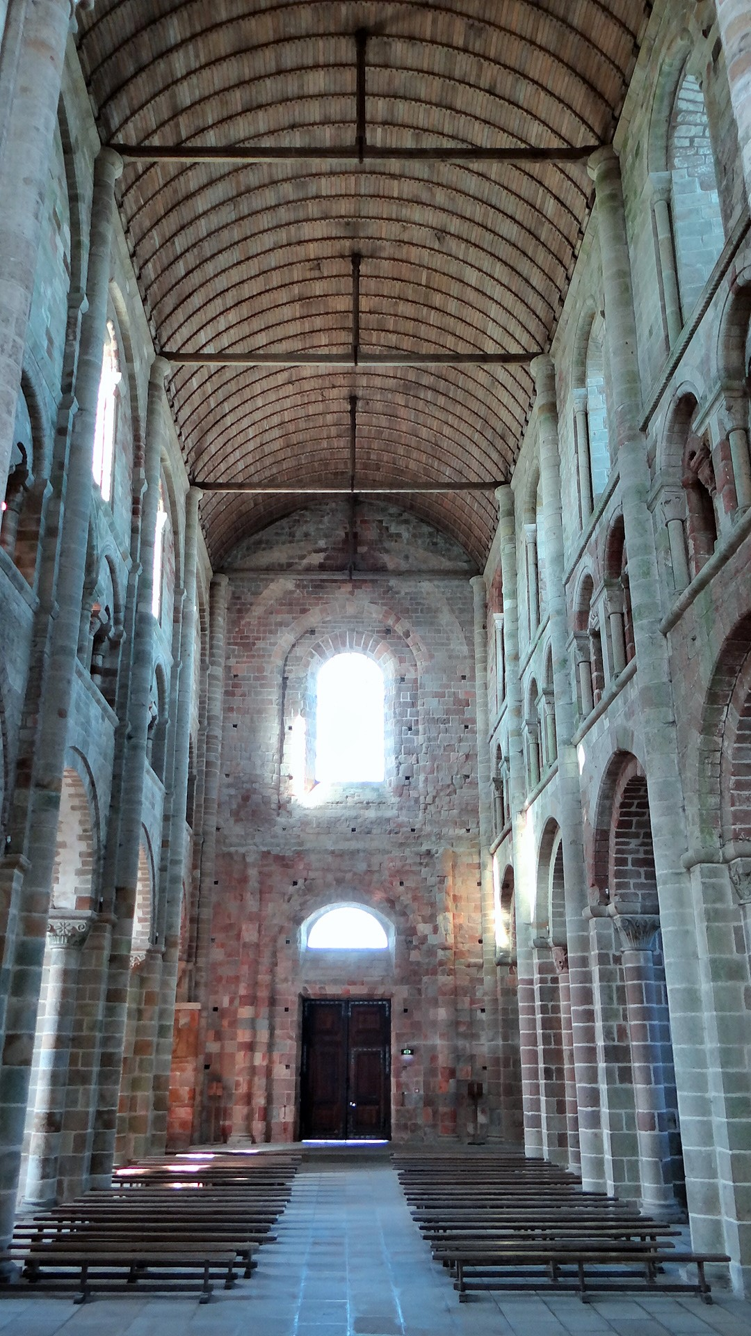File Interior Of Abbatiale De Mont Saint Michel Pa00110460 8 Jpg