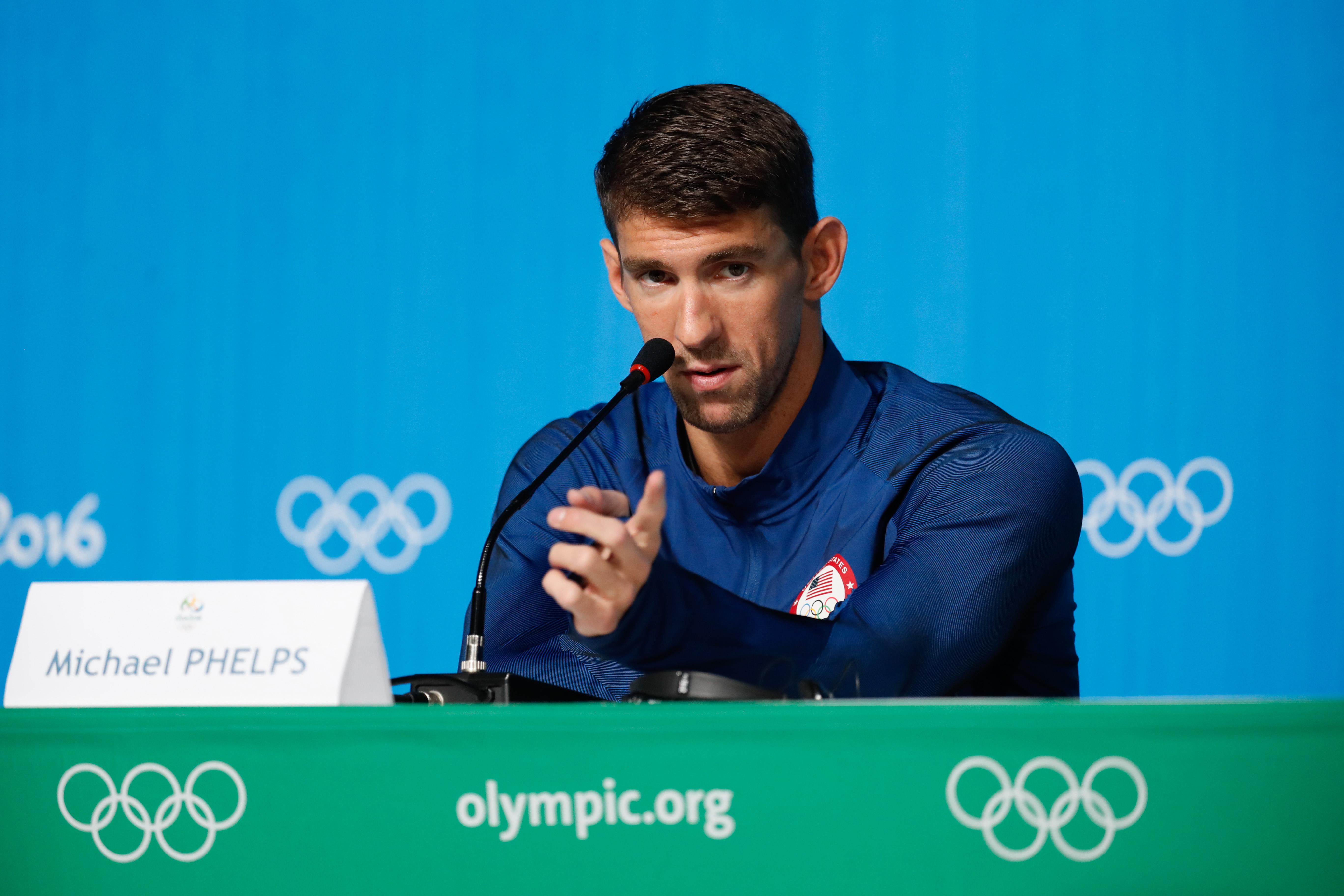Michael Phelps durante un intervista a Rio de Janeiro. 28ebc4a181b0