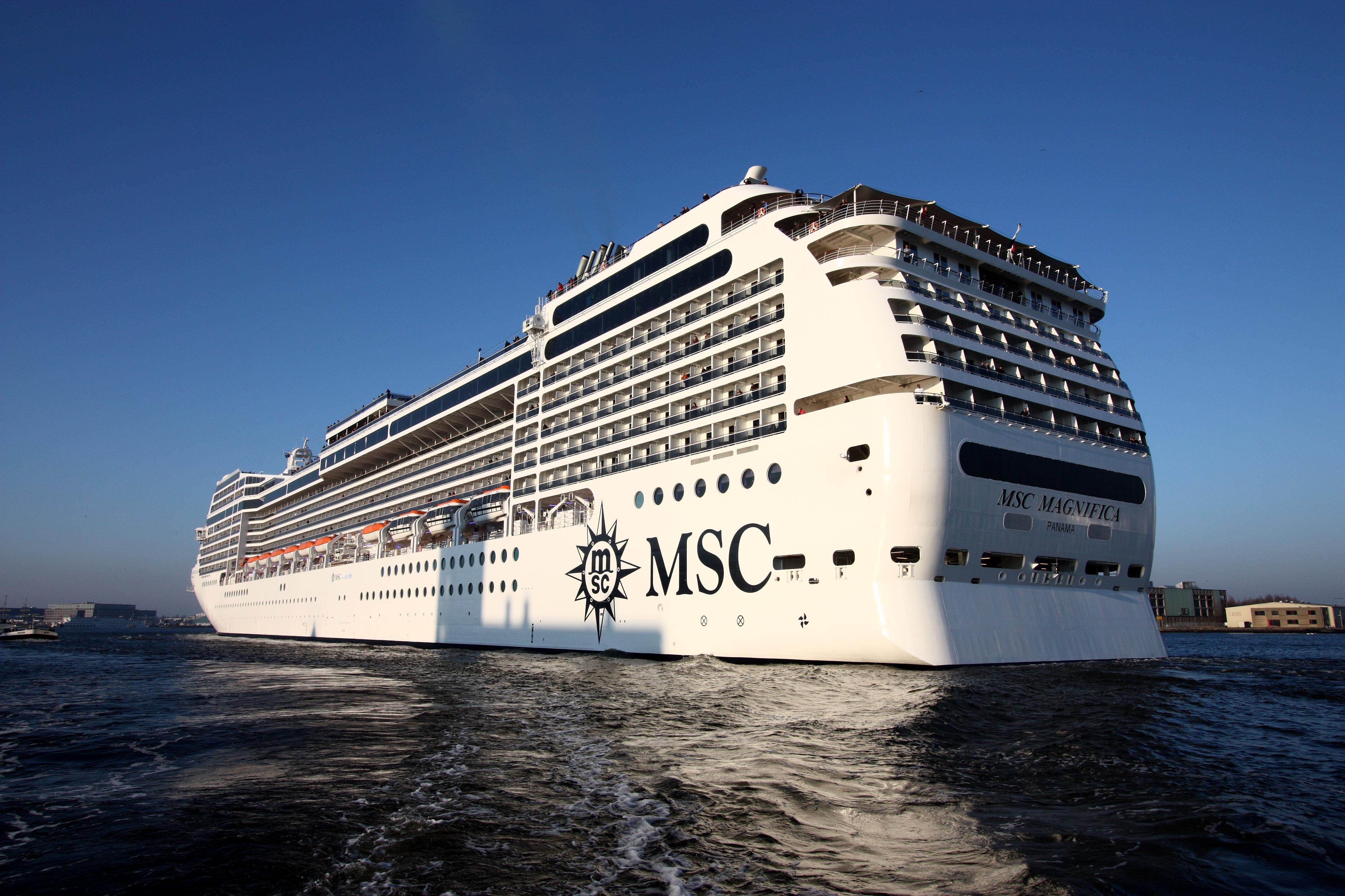 File maiden voyage msc wikipedia for Msc magnifica foto