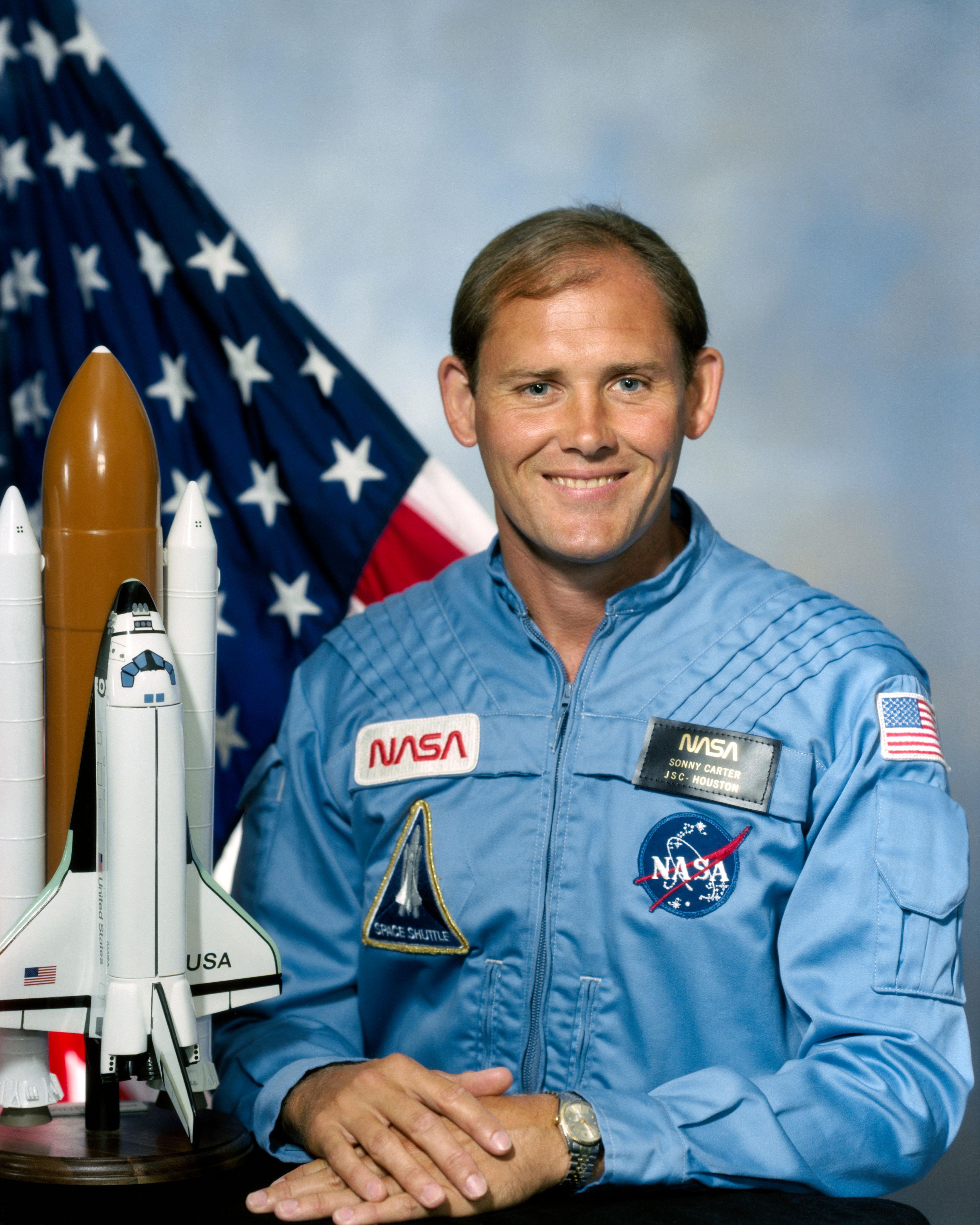 Astronaut Sonny Carter, NASA photo (24 August 1984)Source: Wikipedia (www.jsc.nasa.gov unavailable August 2019) Manley_Carter.jpg