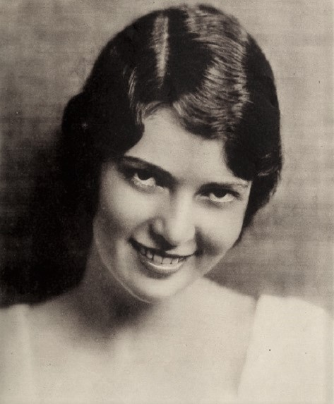 Marguerite Churchill autograph