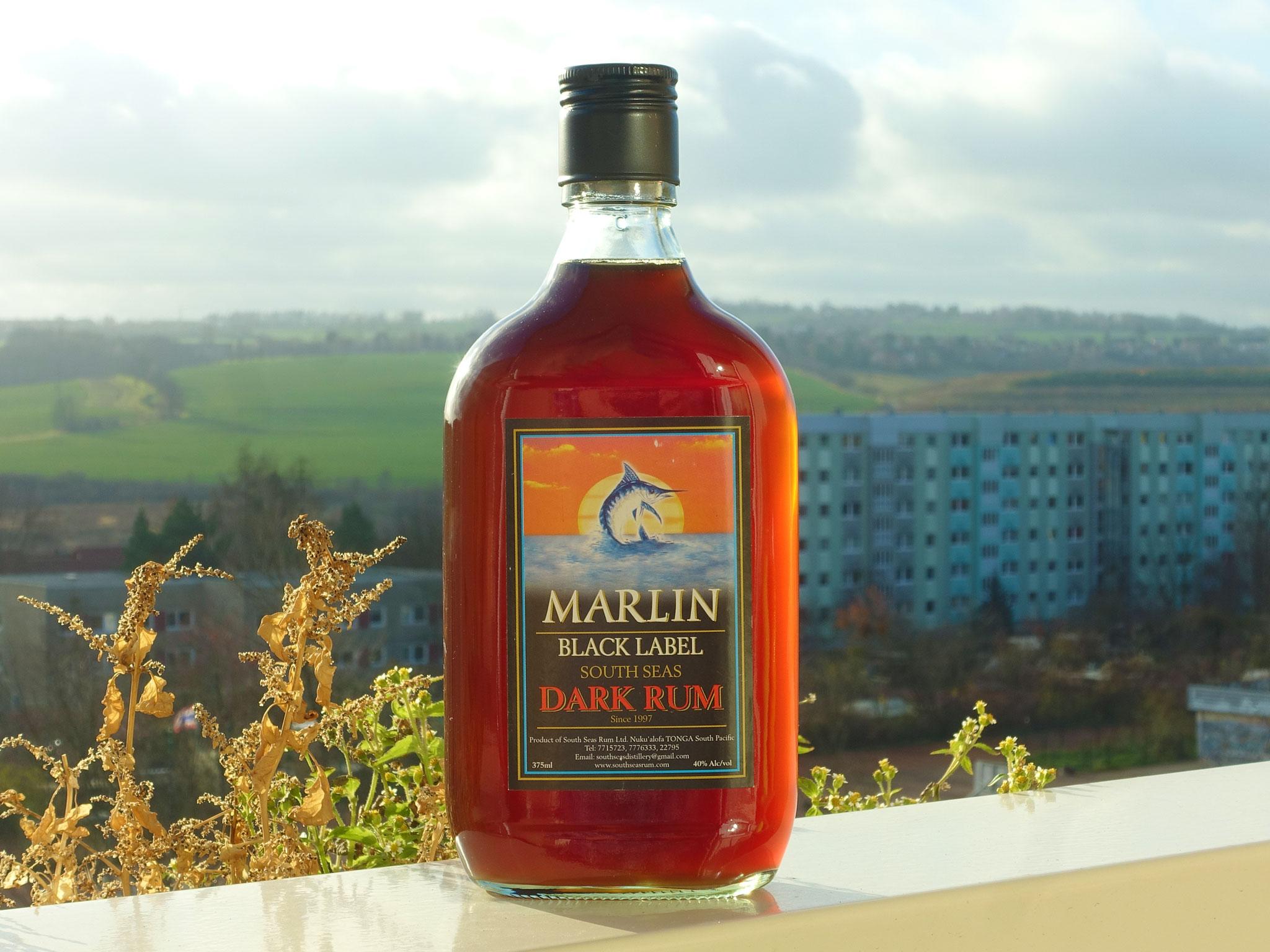 File:Marlin-black-label-rum-tonga.jpg - Wikimedia Commons
