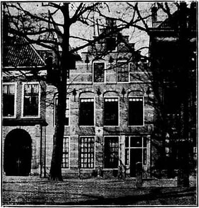 Pagehuis The Hague before restoration.jpg