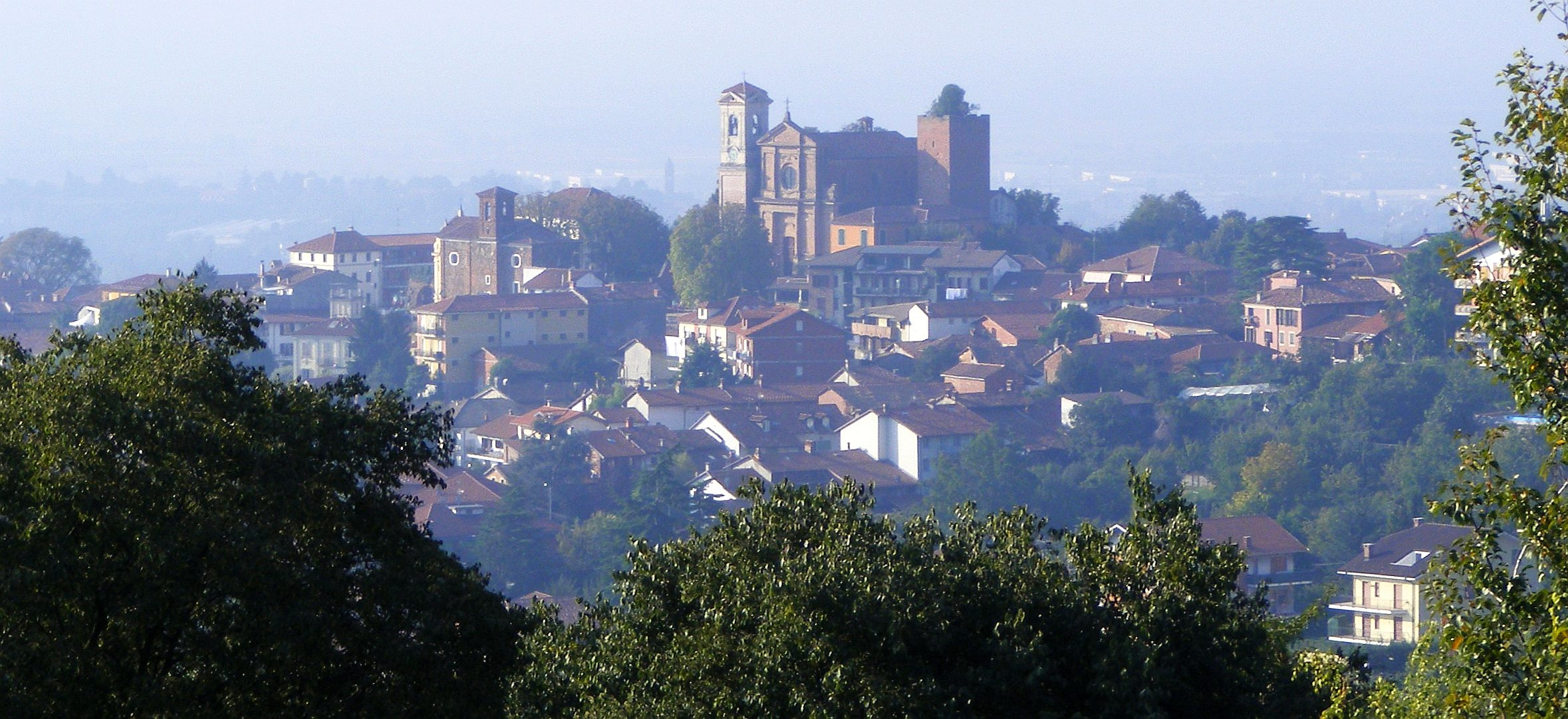 Pecetto Torinese Italy  city images : Pecetto torinese panorama Wikimedia Commons