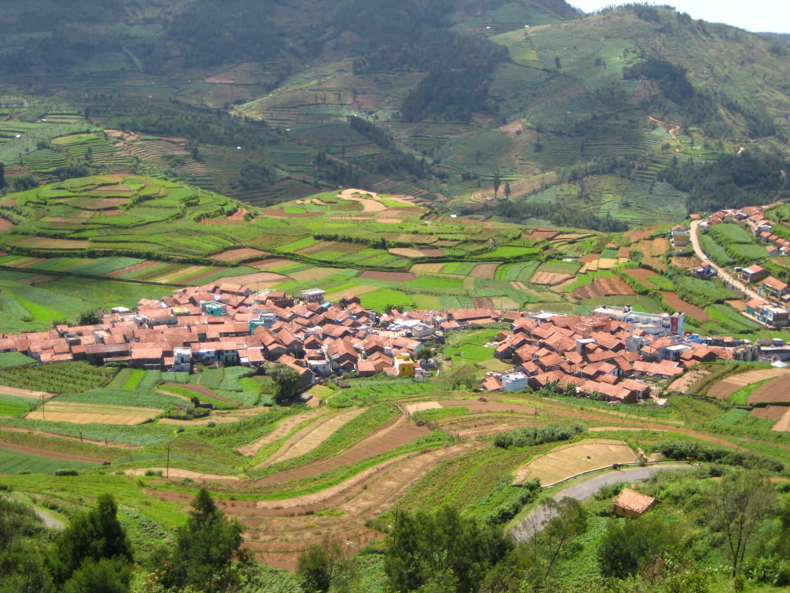 File Poomparai village...