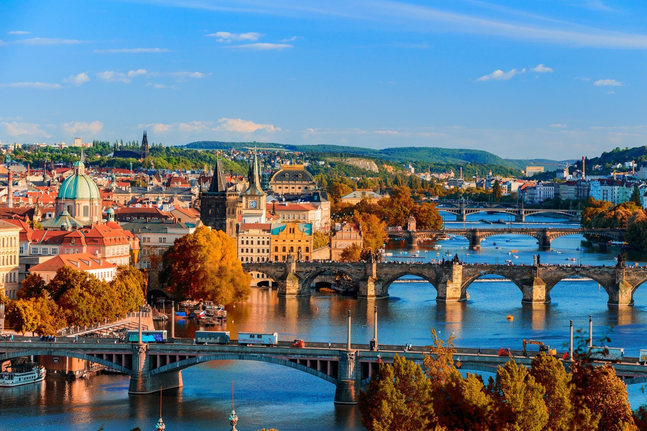 File:Prague skyline view.jpg - Wikimedia Commons