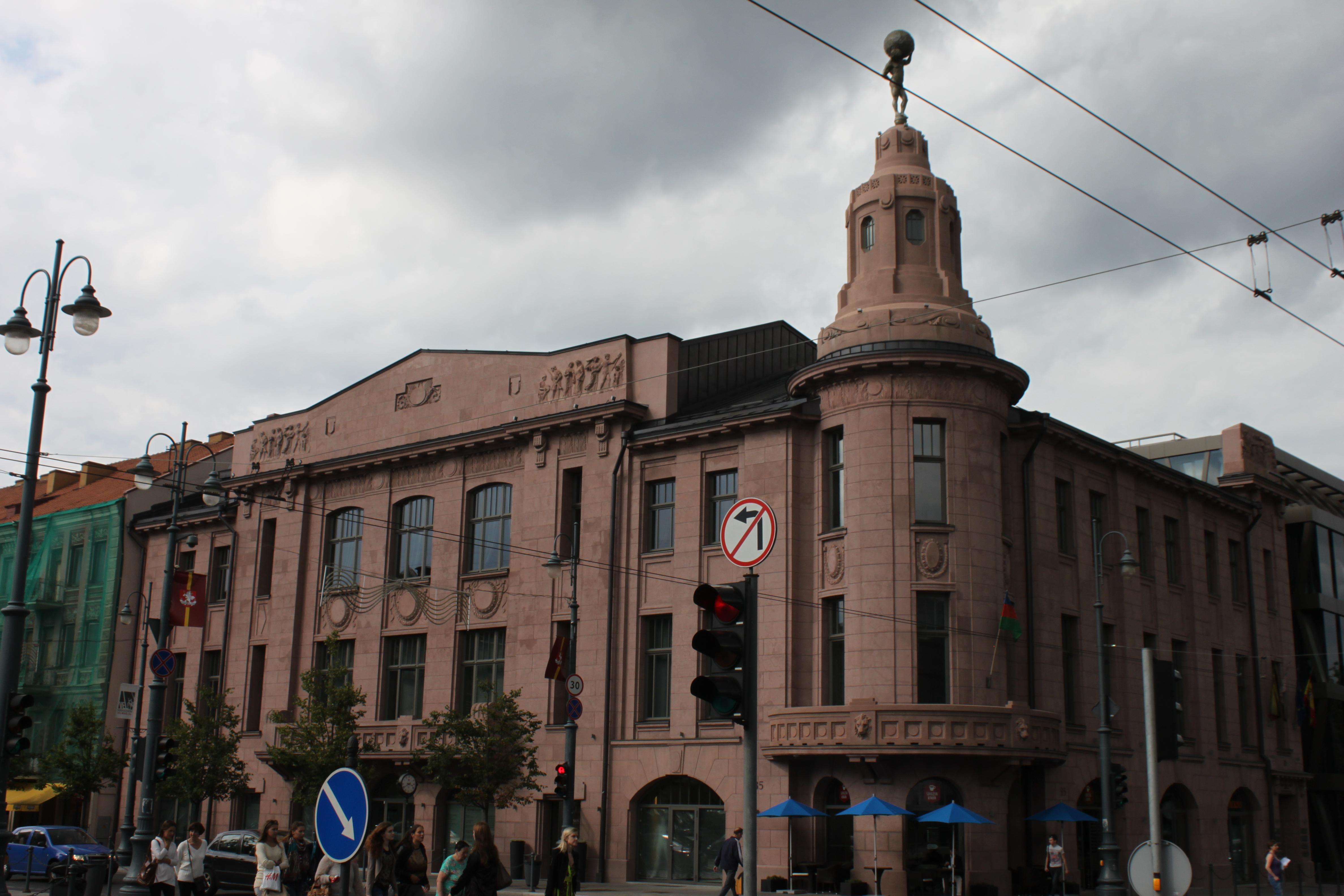 pastato vokų prekybos galimybė