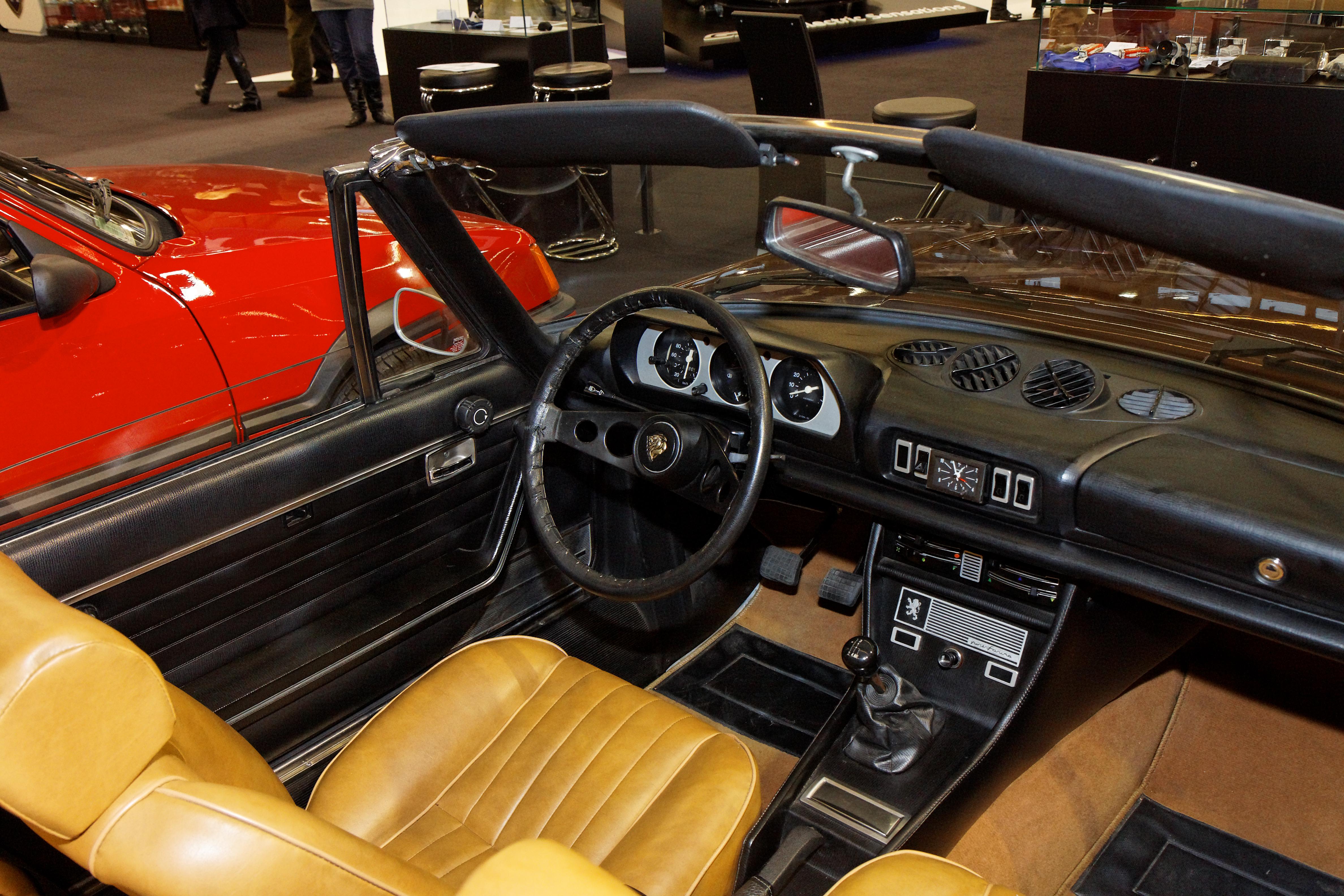 File Retromobile 2011 Peugeot 504 V6 Cabriolet 1977 003 Jpg