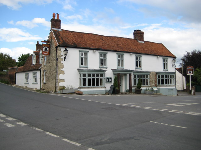 Ramsbury, The Bell - geograph.org.uk - 1529569