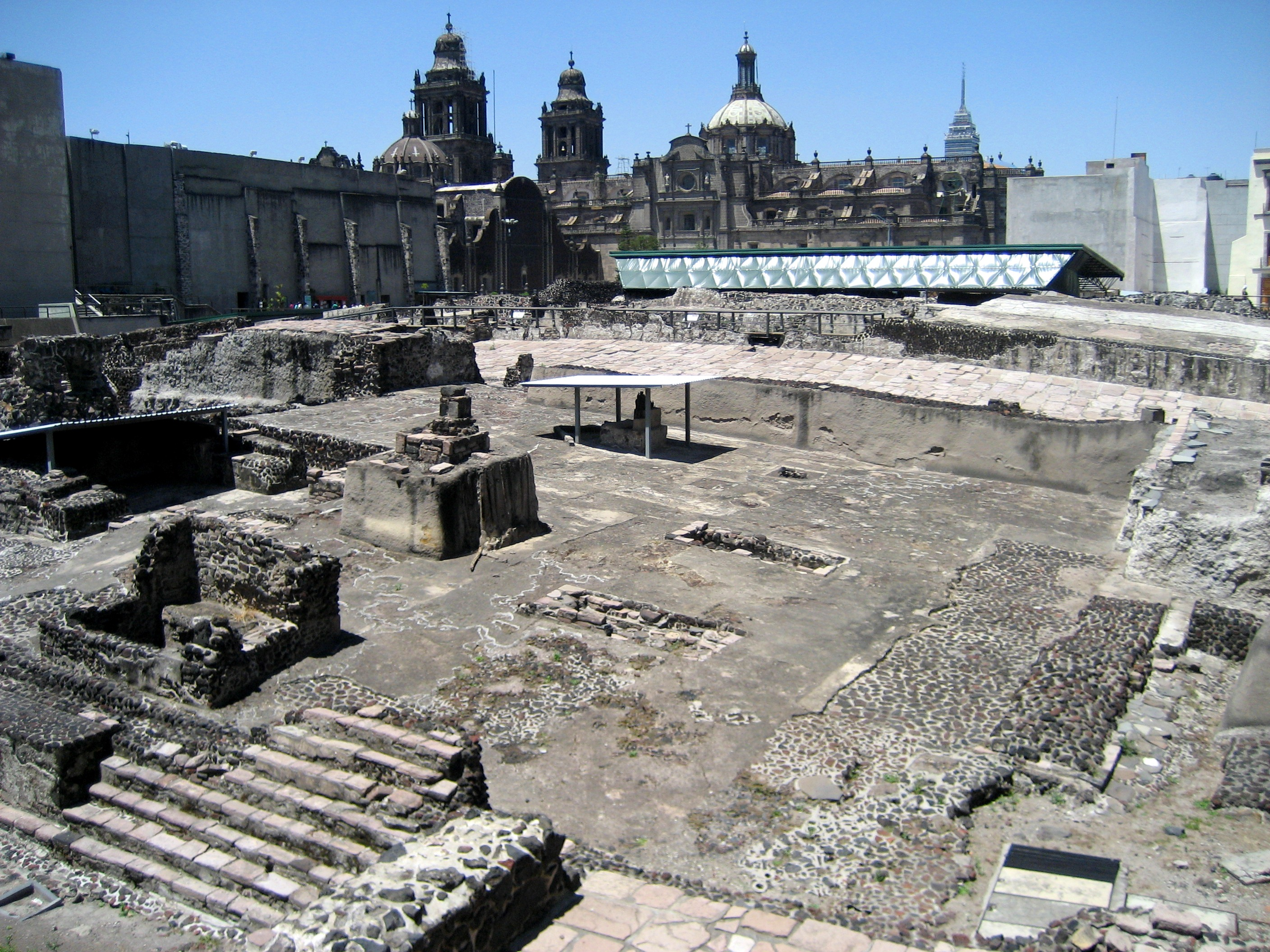 File recinto templo mayor jpg wikimedia commons for Horarios arquitectura