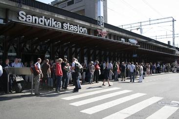 single Sandvika
