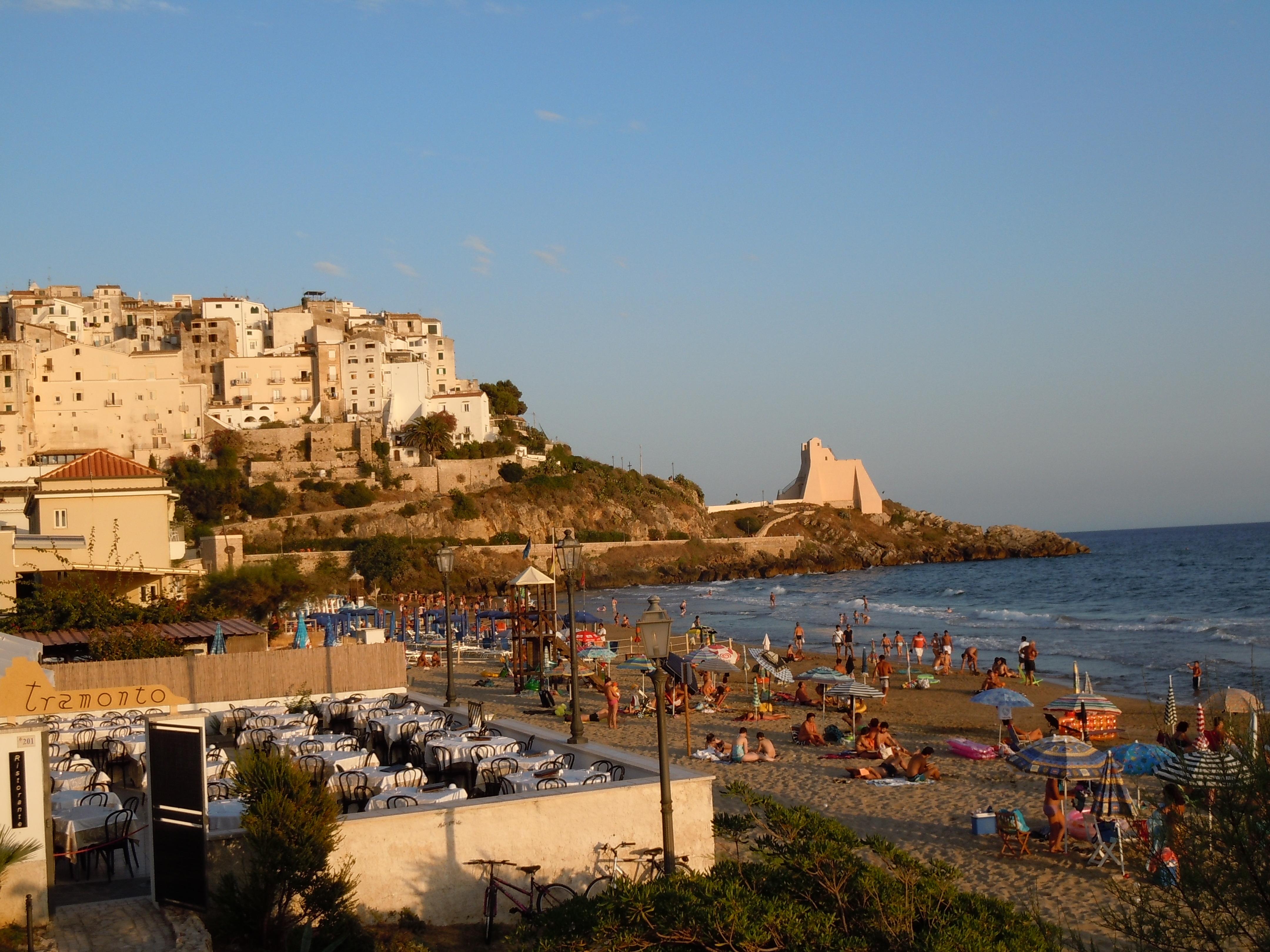 Matrimonio Spiaggia Sperlonga : File spiaggia di sperlonga g wikipedia