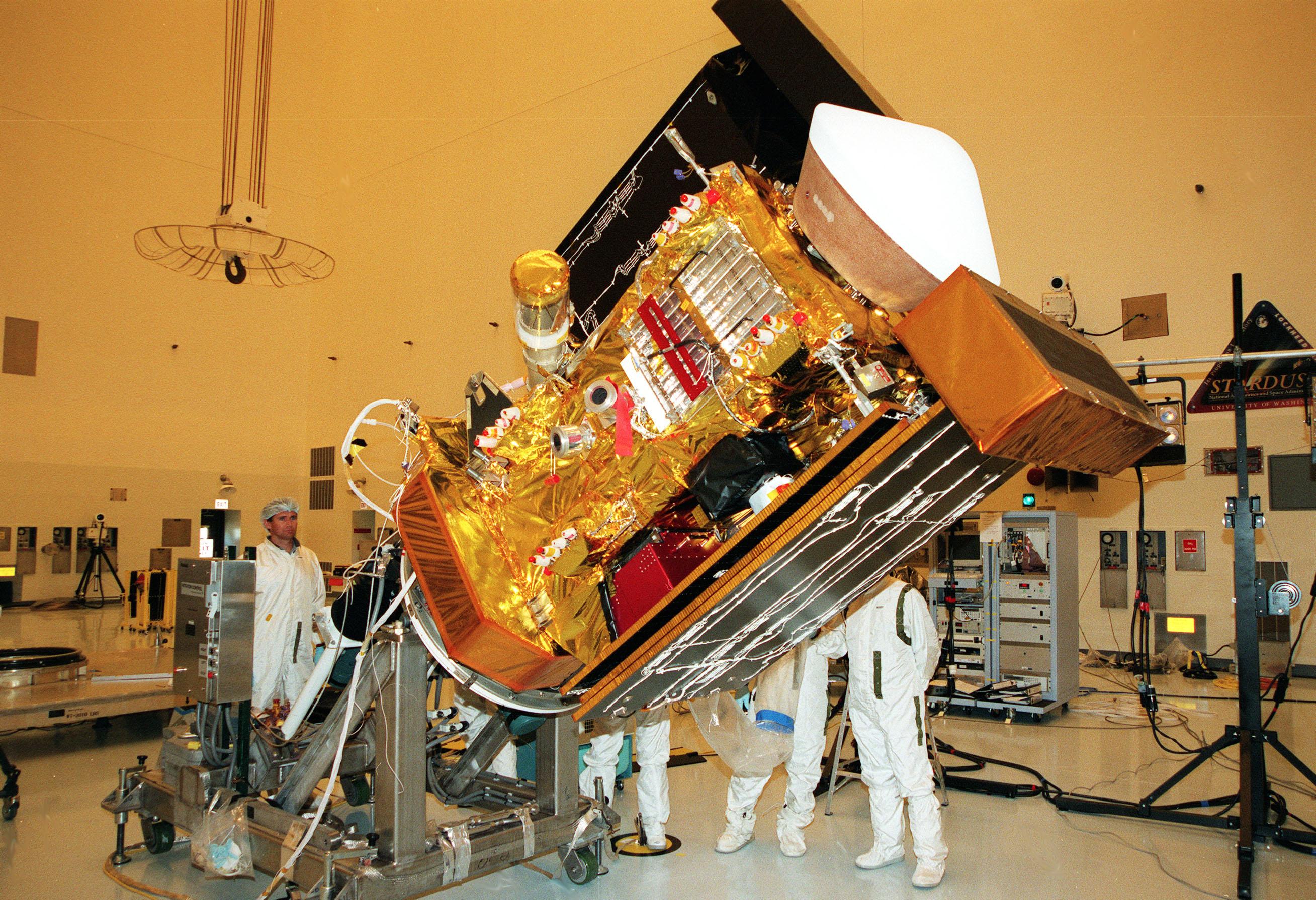 स्टारडस्ट (अंतरिक्ष यान)/ Stardust (spacecraft), 28856 miles per hour.