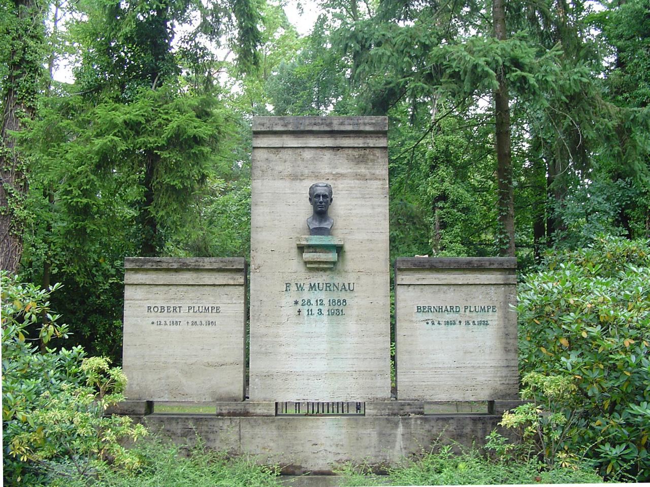 Grab von Friedrich Wilhelm Murnau