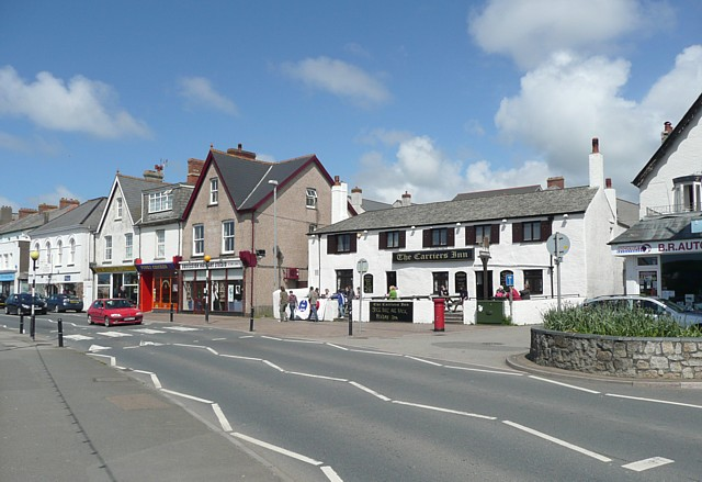 File:The Carriers Arms, Bude - geograph.org.uk - 1345143.jpg