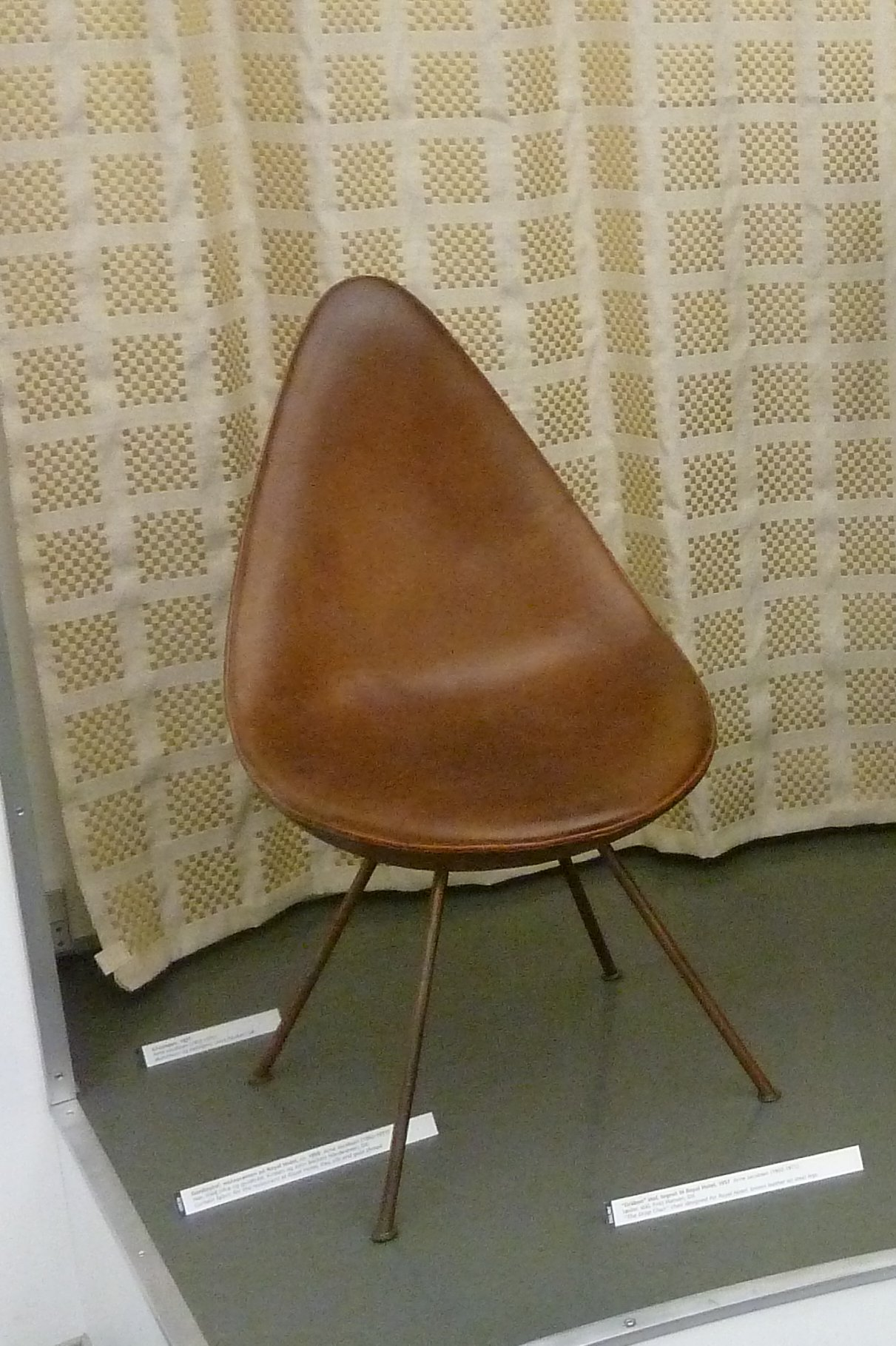 Arne jacobsen drop chair - File The Drop By Arne Jacobsen Jpg