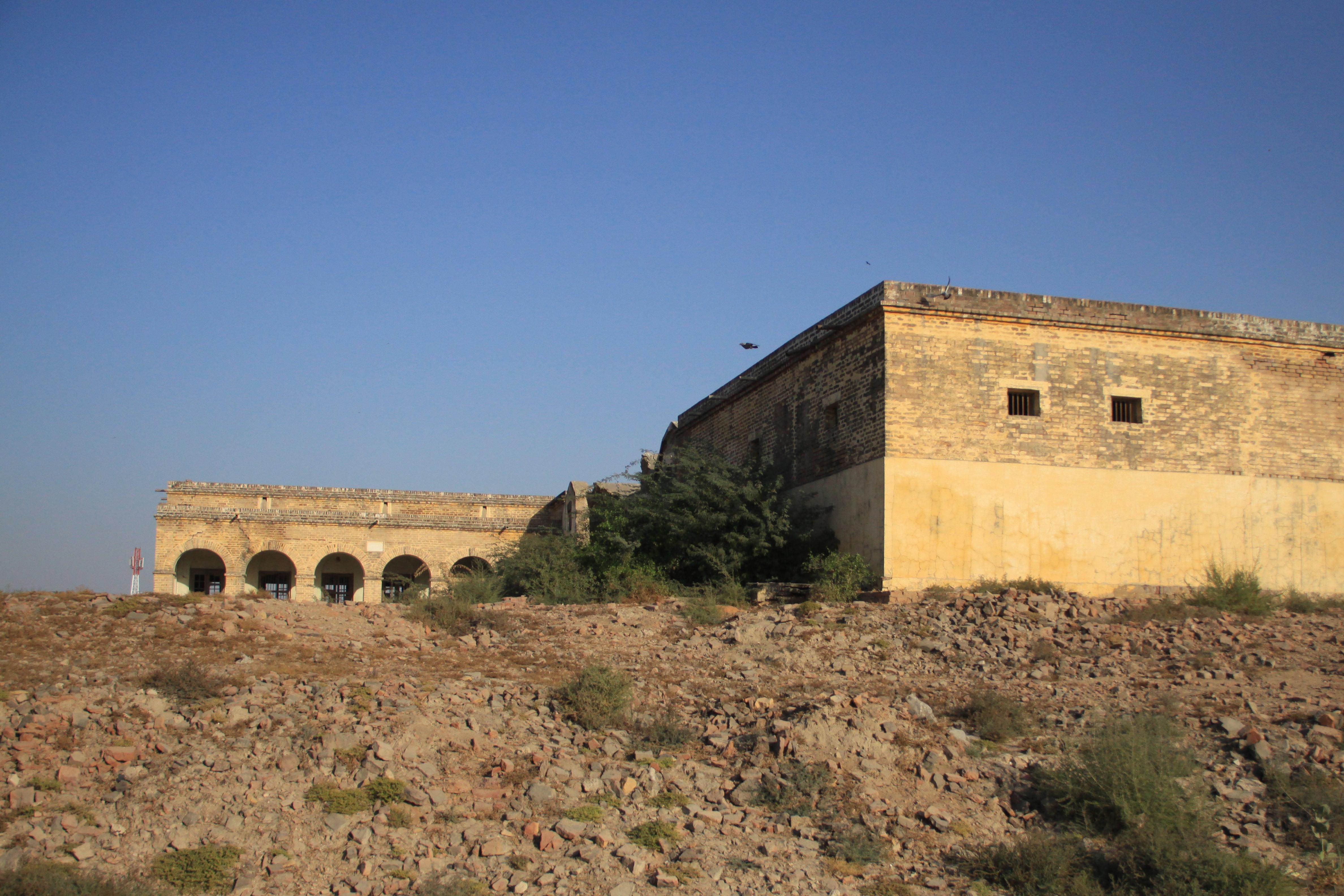 Fileumerkot Fort Officer Quarters 1jpg Wikimedia Commons