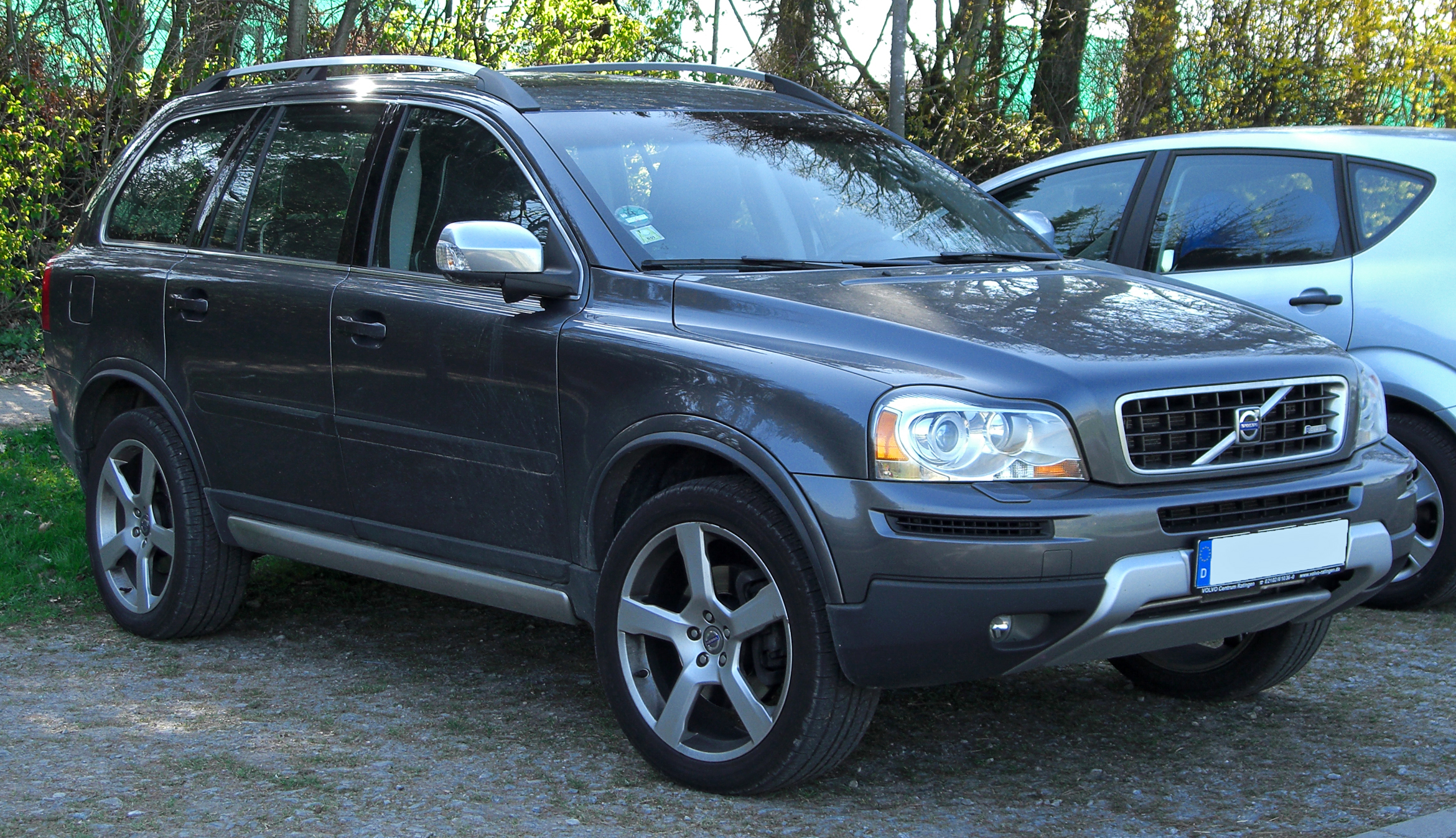 Volvo Xc90 Commercial >> File:Volvo XC90 Facelift Edition R-Design rear 20100417.jpg - Wikimedia Commons