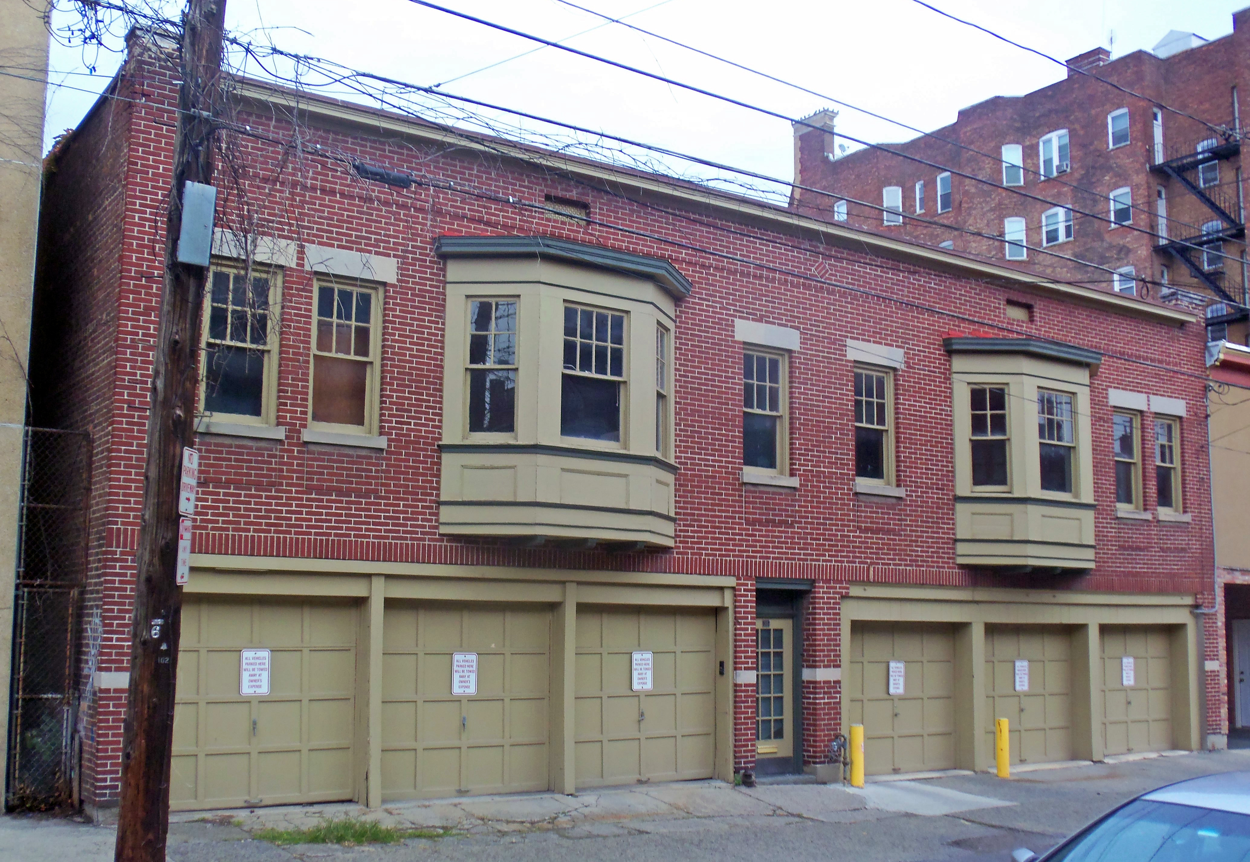 File walter merchant house carriage house albany for Building a carriage house