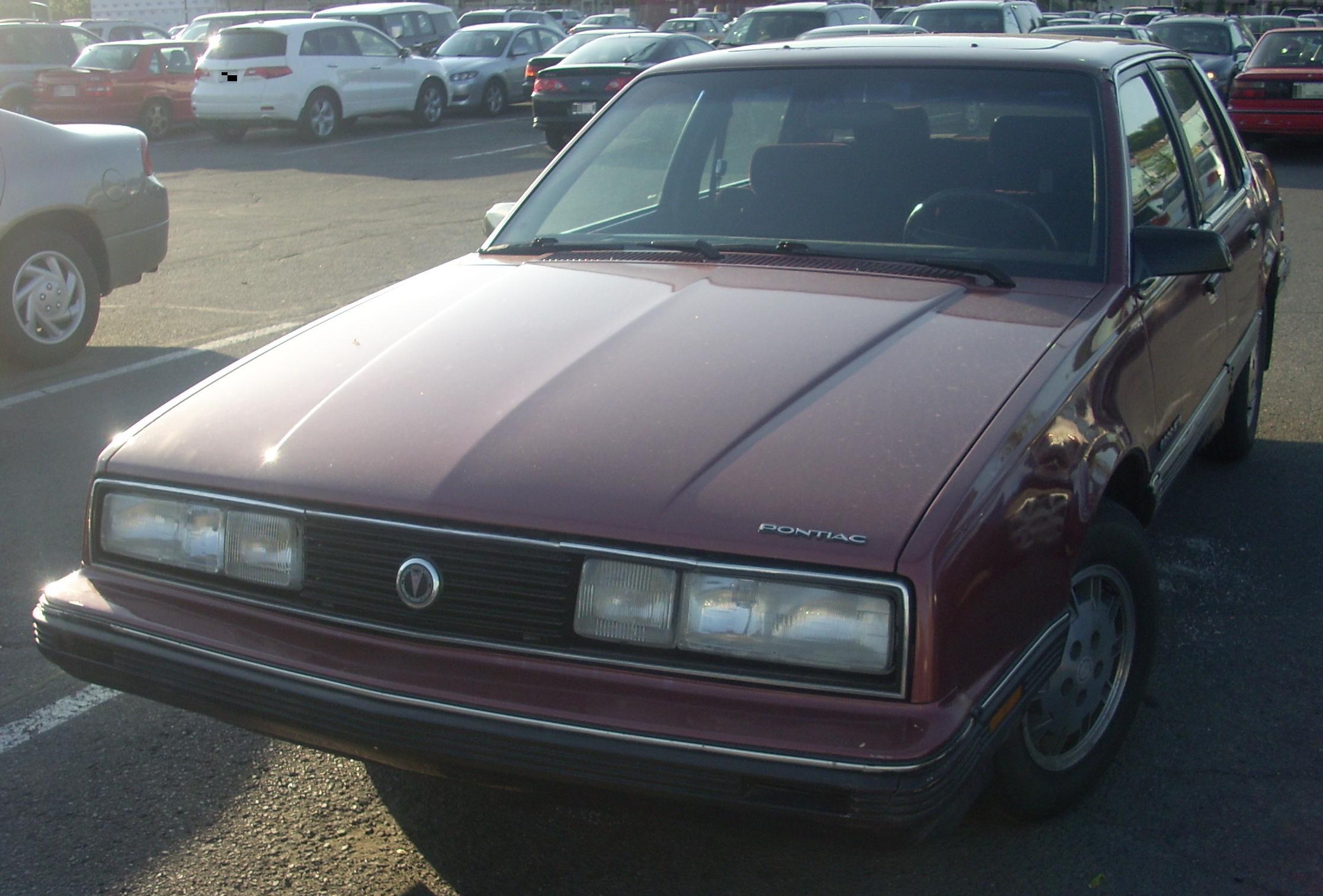 """IMCDb.org: 1986 Pontiac 6000 in """"Blue Steel, 1989"""""""