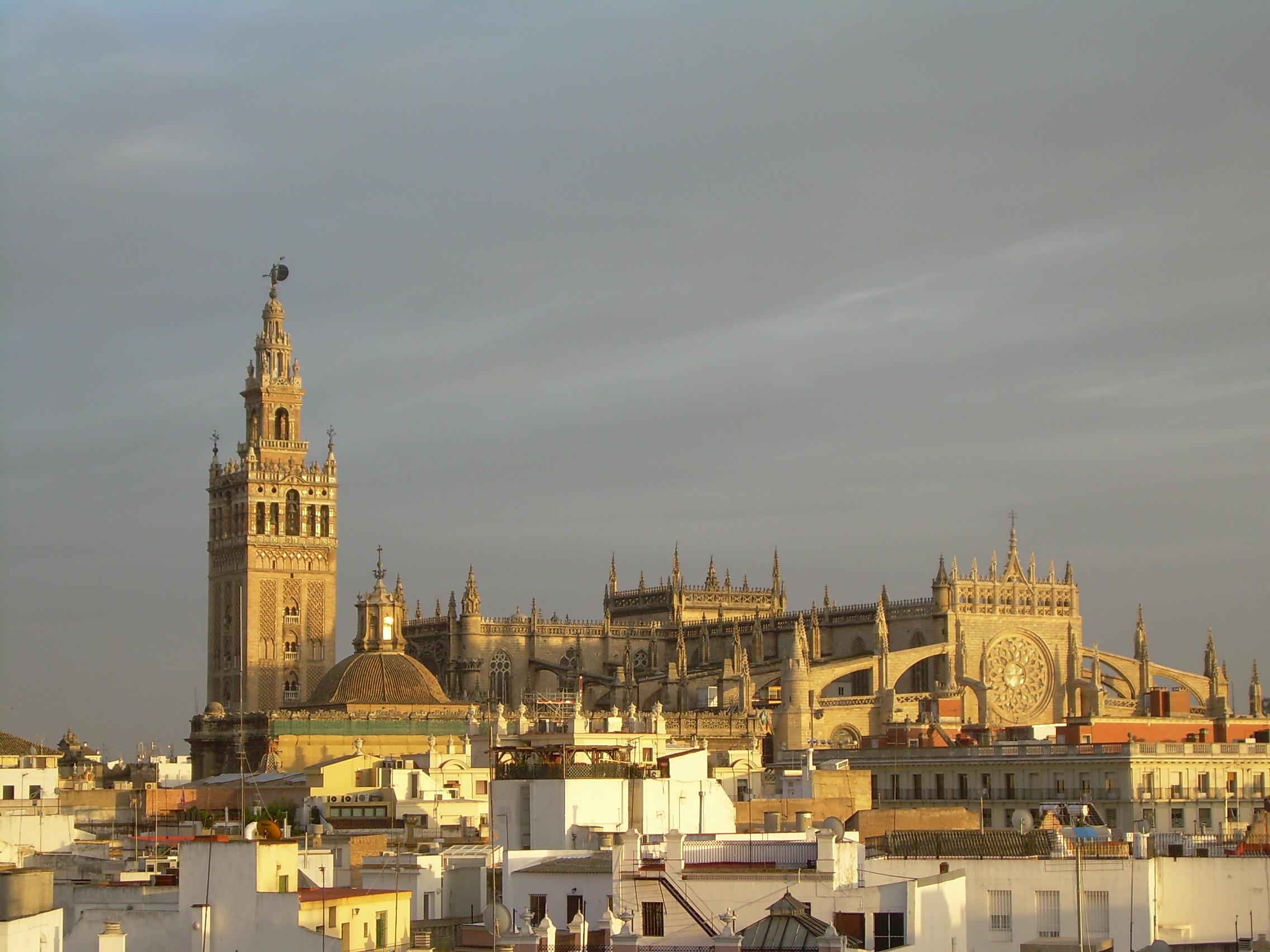 [Image: 196_Catedral_de_Sevilla.jpg]