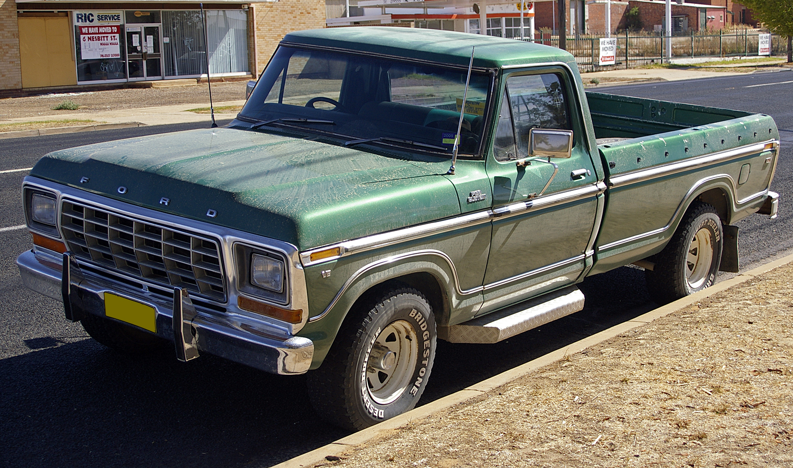 Description 1980 - 81 Ford F100 Custom XLT.jpg
