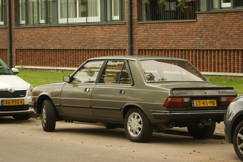 File:1985 Peugeot 305 Automatic (8877827345).jpg
