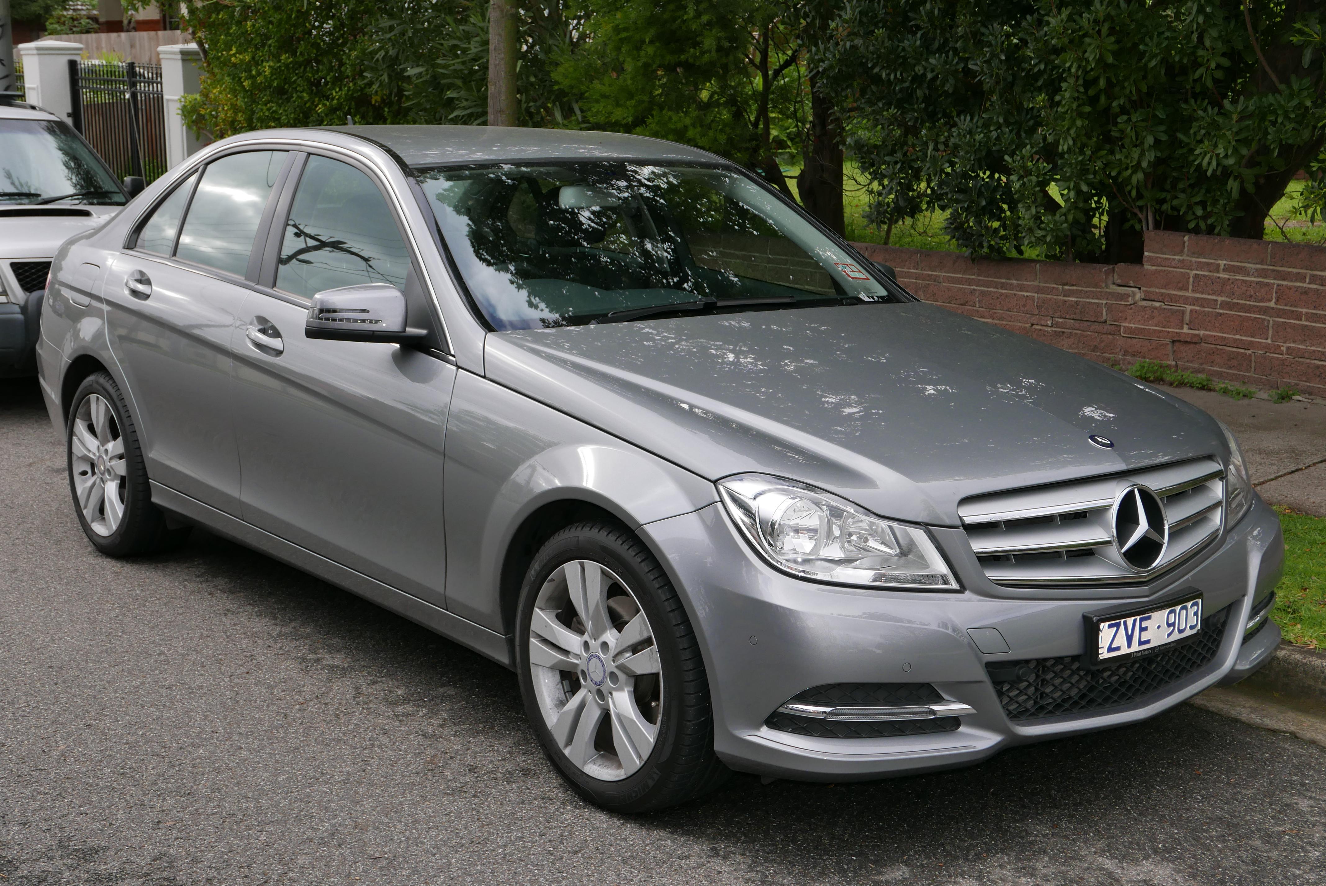 Mercedes benz w204 for Mercedes benz w204