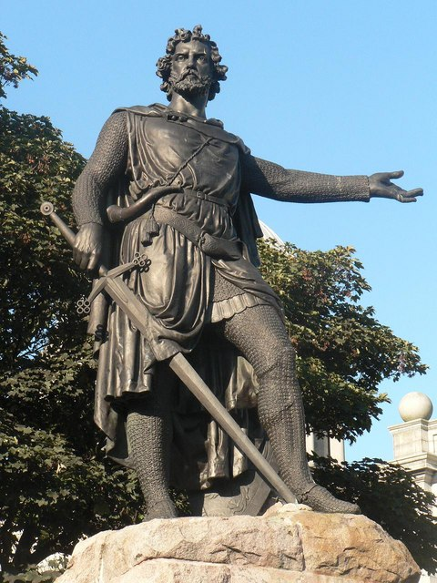 Did William Wallace Painted His Face Blue And Wore Skirt