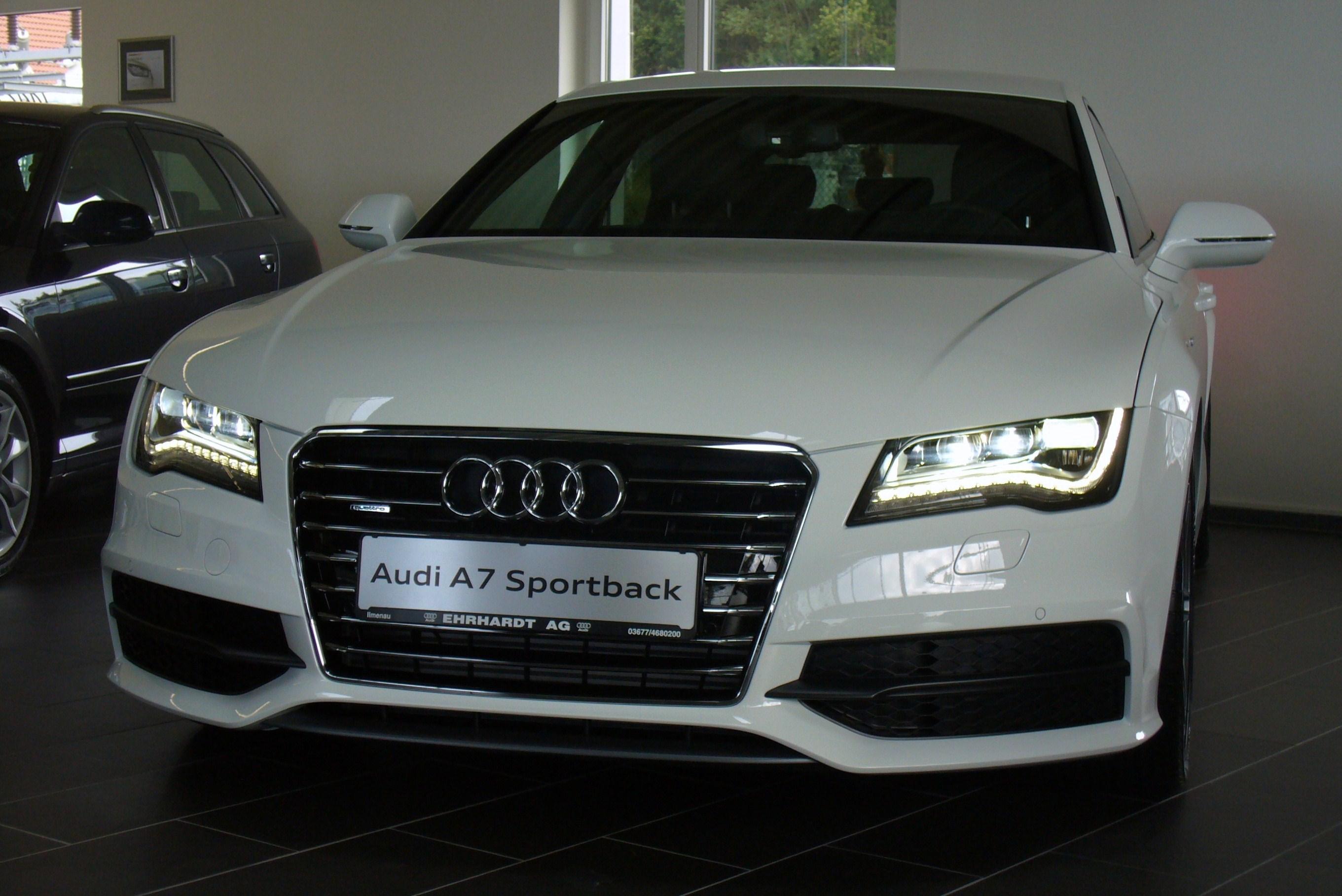 File:Audi A7 Sportback 3.0 TDI quattro S tronic Ibisweiß