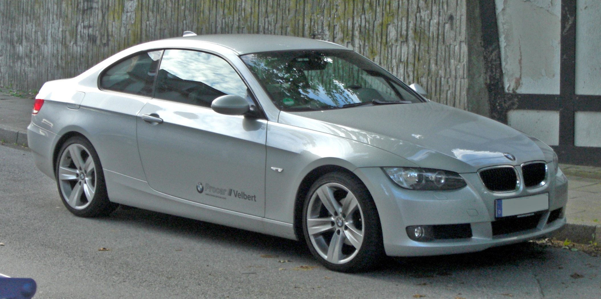 BMW 3er Coup%C3%A9 E92 front - 2011 Bmw 335i Coup