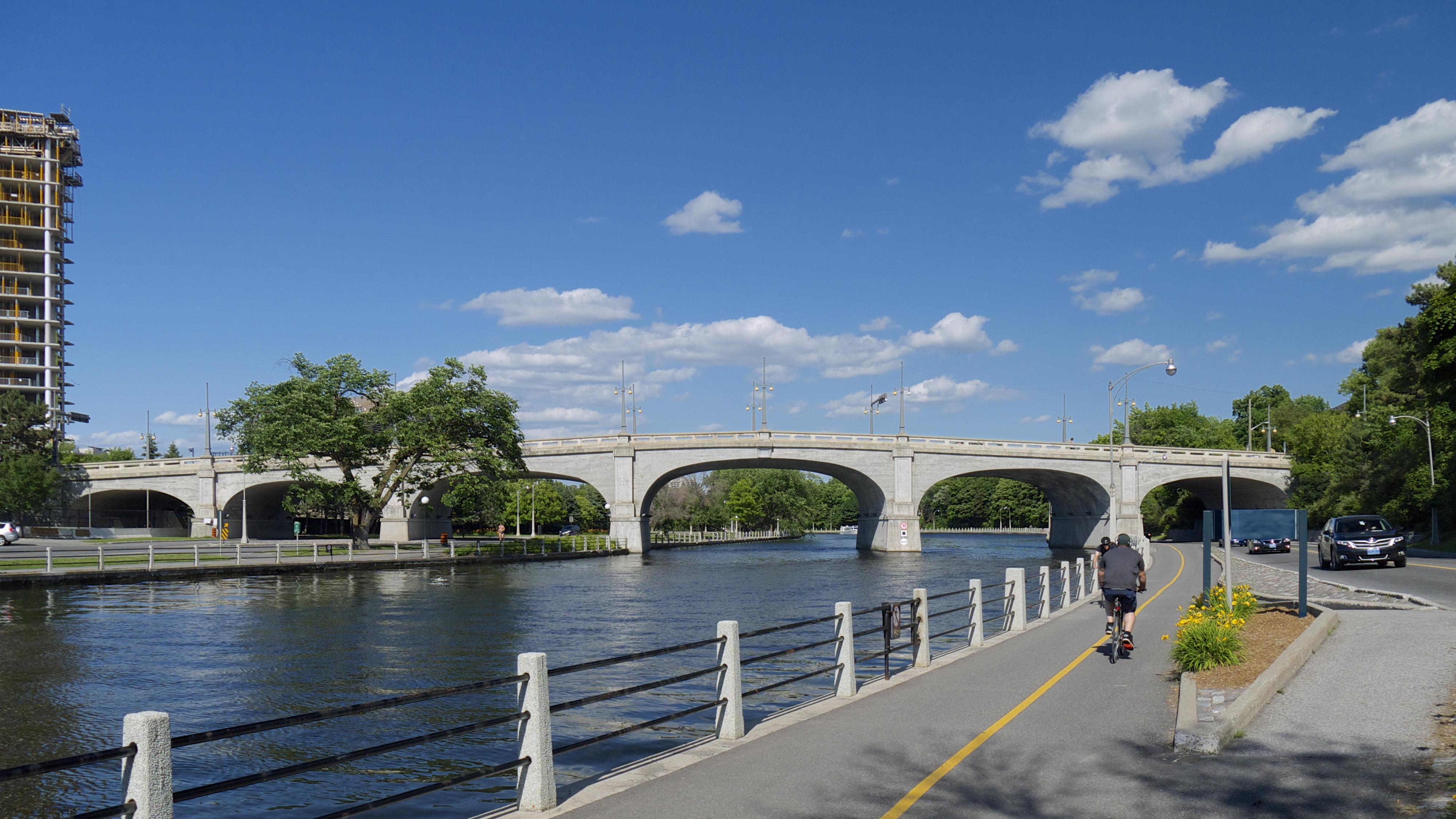 Bank Street Bridge - Wikipedia