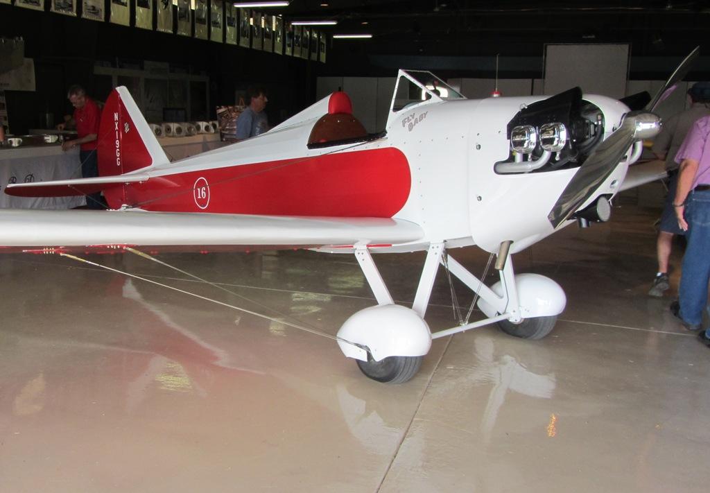 Bi in the hangar 2011 - 4 3