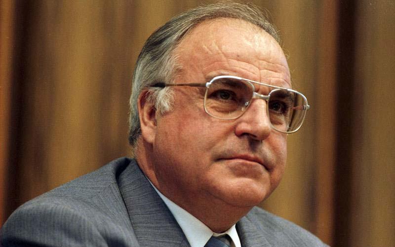 Helmut Kohl Größe
