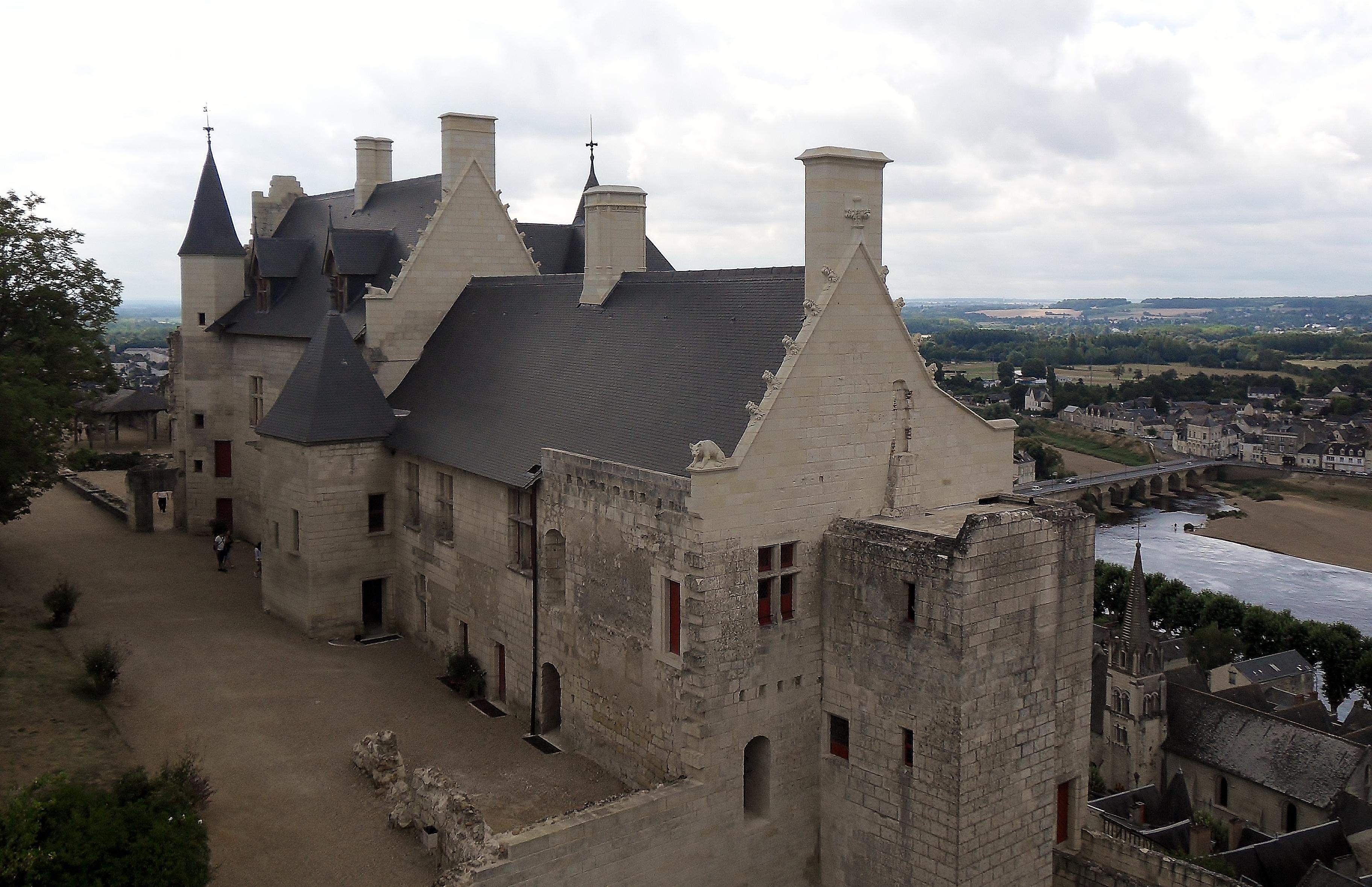 Chateau A Restaur Ef Bf Bd Paca