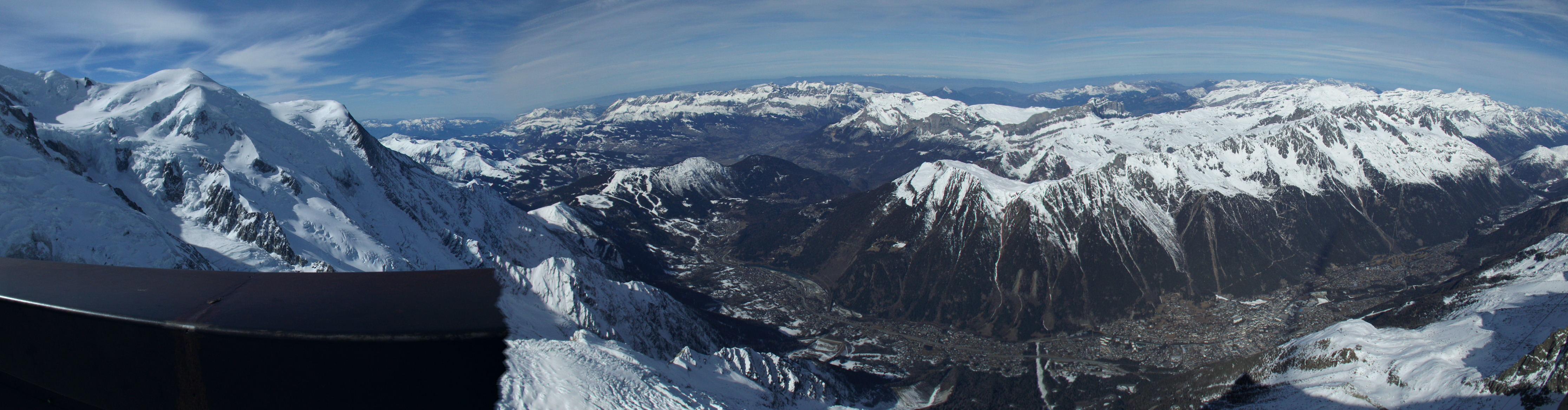 Chamonix panorama Aiguille du Midi