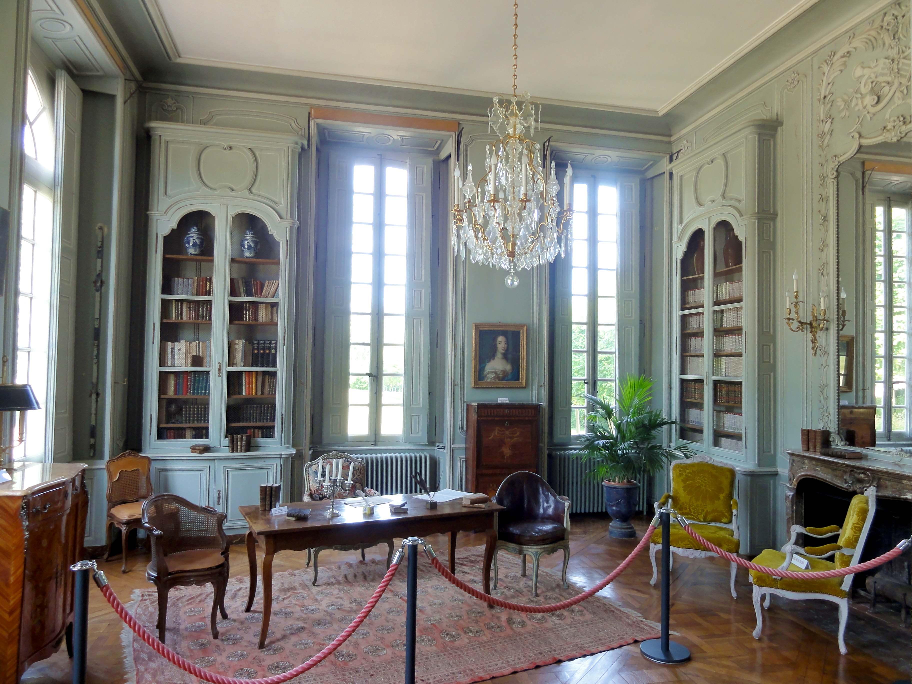 file chaussy 95 domaine de villarceaux biblioth que 1. Black Bedroom Furniture Sets. Home Design Ideas