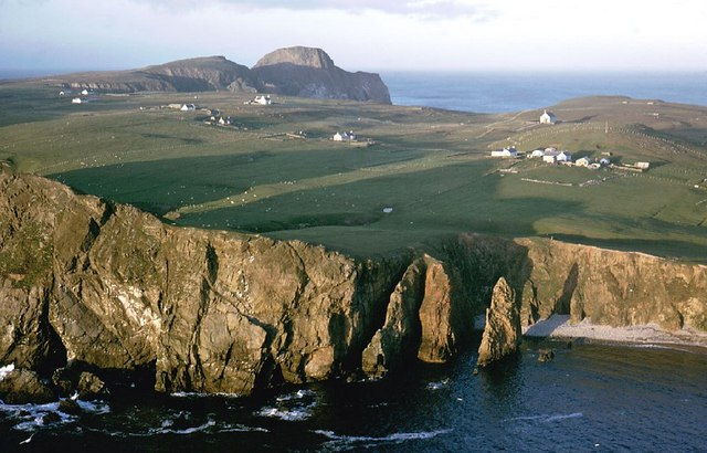 Fair Isle – Travel guide at Wikivoyage
