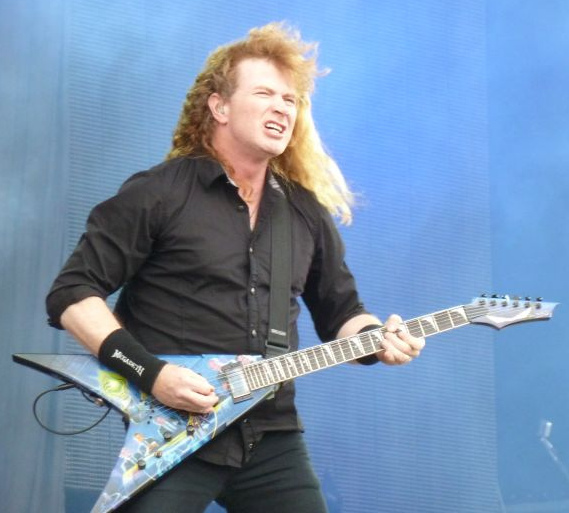 Dave Mustaine 2011 (cropped)