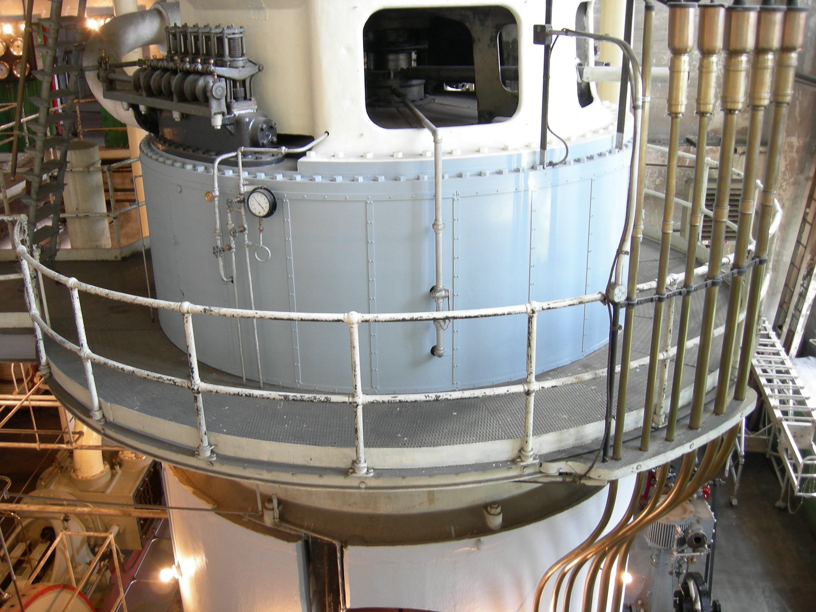 File:Georgetown PowerPlant Museum boiler pan 3.jpg - Wikimedia Commons